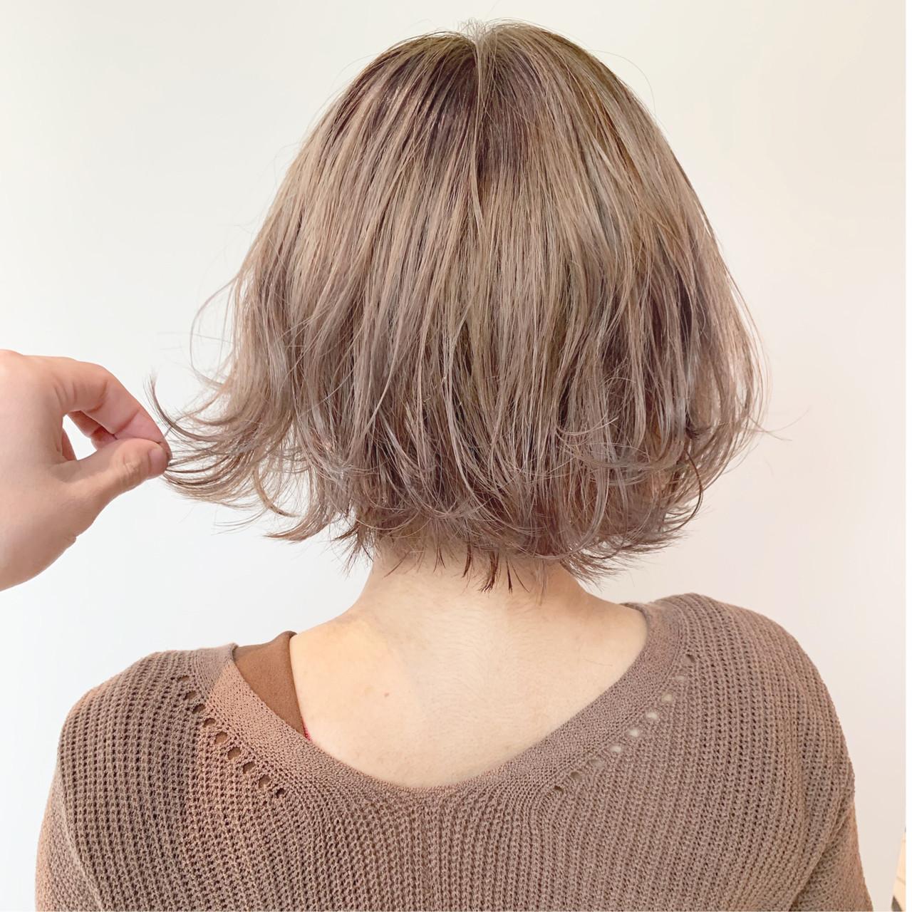 簡単ヘアアレンジ ミルクティーベージュ 外国人風カラー ナチュラル ヘアスタイルや髪型の写真・画像