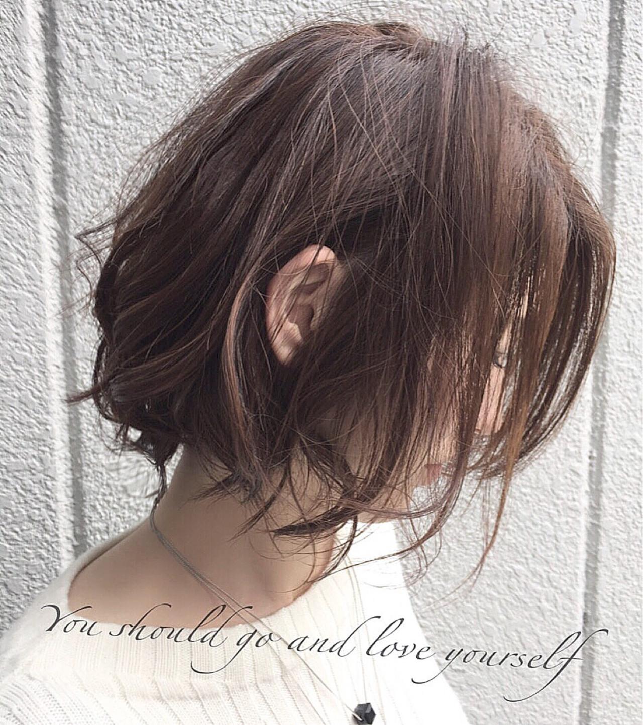 色気 ナチュラル アッシュ ブラウン ヘアスタイルや髪型の写真・画像