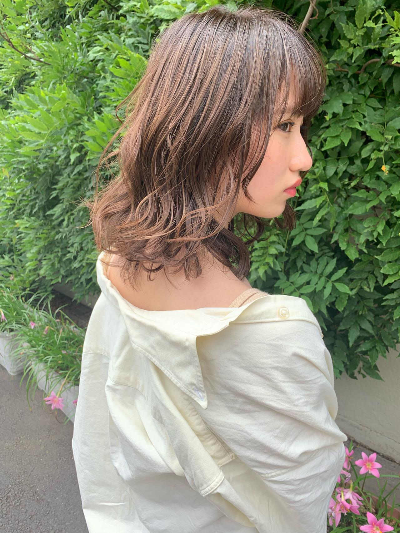 ヘアアレンジ パーマ 成人式 ミディアム ヘアスタイルや髪型の写真・画像 | takuma. / LA PENSE VERT
