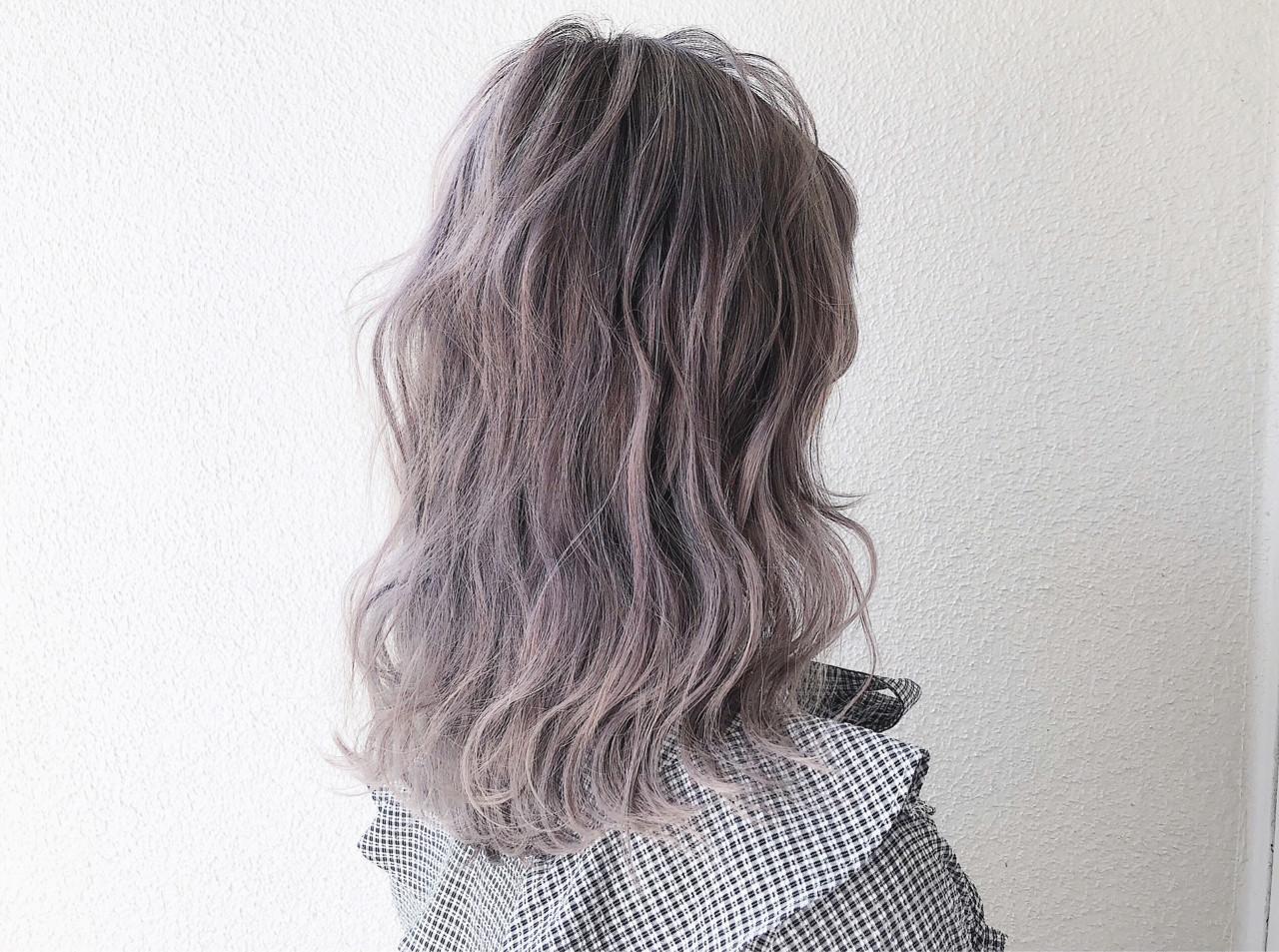 外国人風カラー 透明感 セミロング ストリート ヘアスタイルや髪型の写真・画像