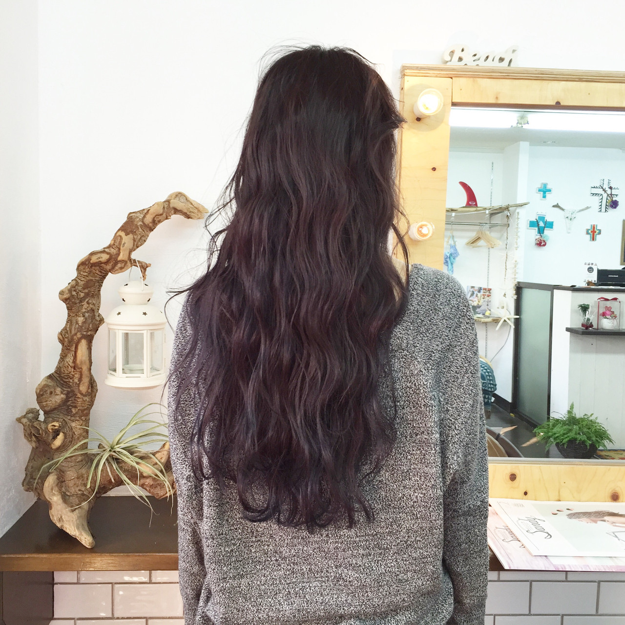 ロング ラベンダー ストリート 暗髪 ヘアスタイルや髪型の写真・画像