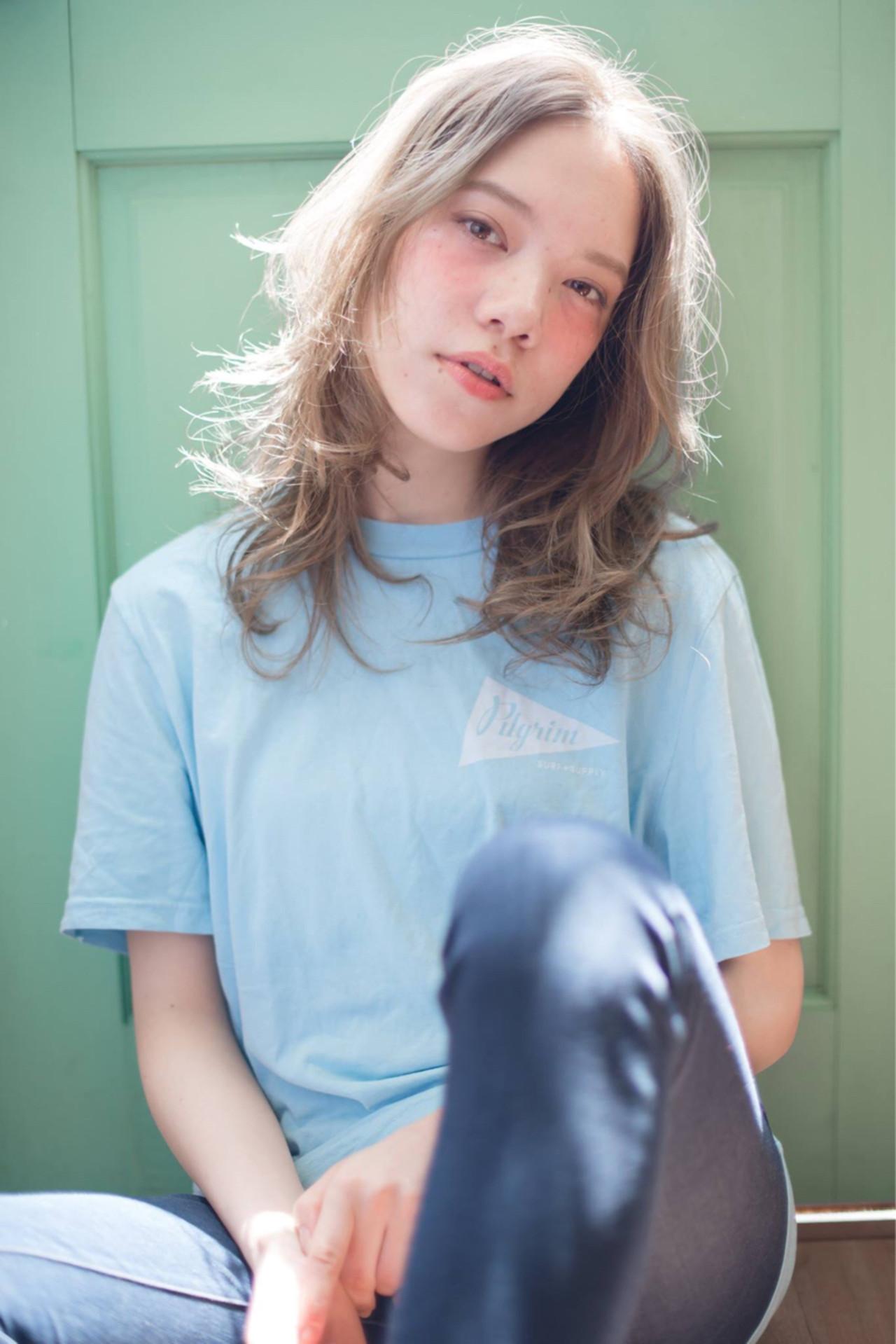 大人かわいい ストリート ウェーブ フェミニン ヘアスタイルや髪型の写真・画像 | 森 康治 / kiito / kiito