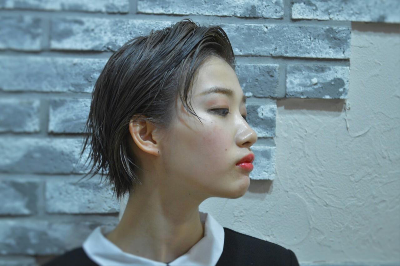モード 黒髪 ジェンダーレス ウェットヘア ヘアスタイルや髪型の写真・画像