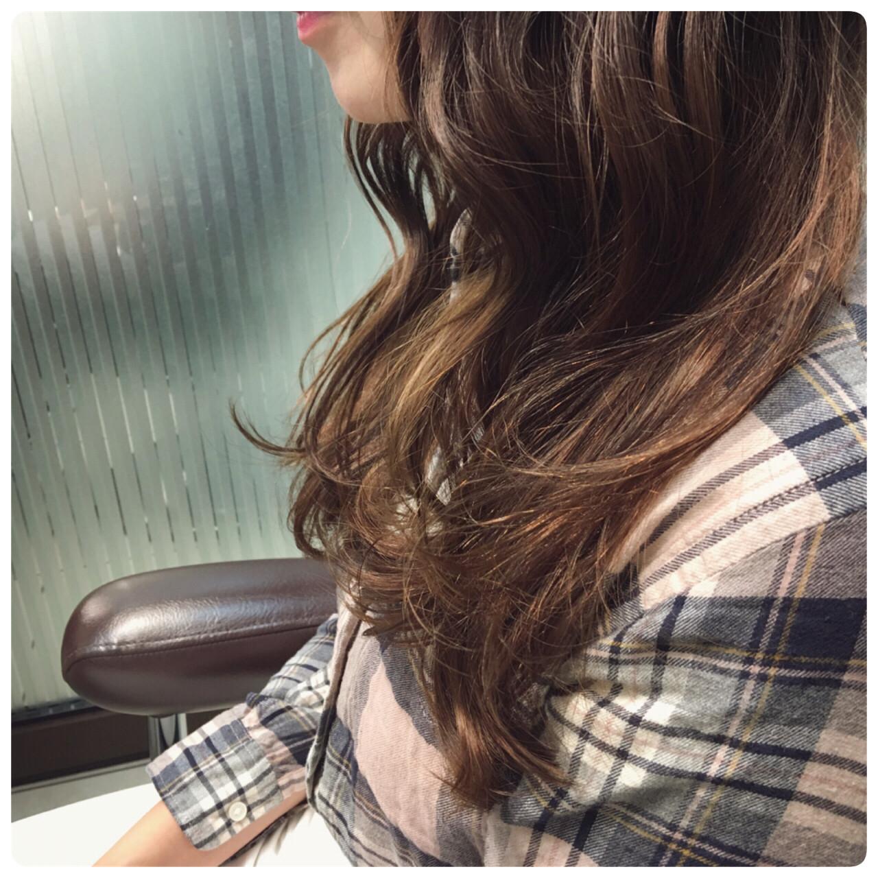 グラデーションカラー こなれ感 大人女子 小顔 ヘアスタイルや髪型の写真・画像