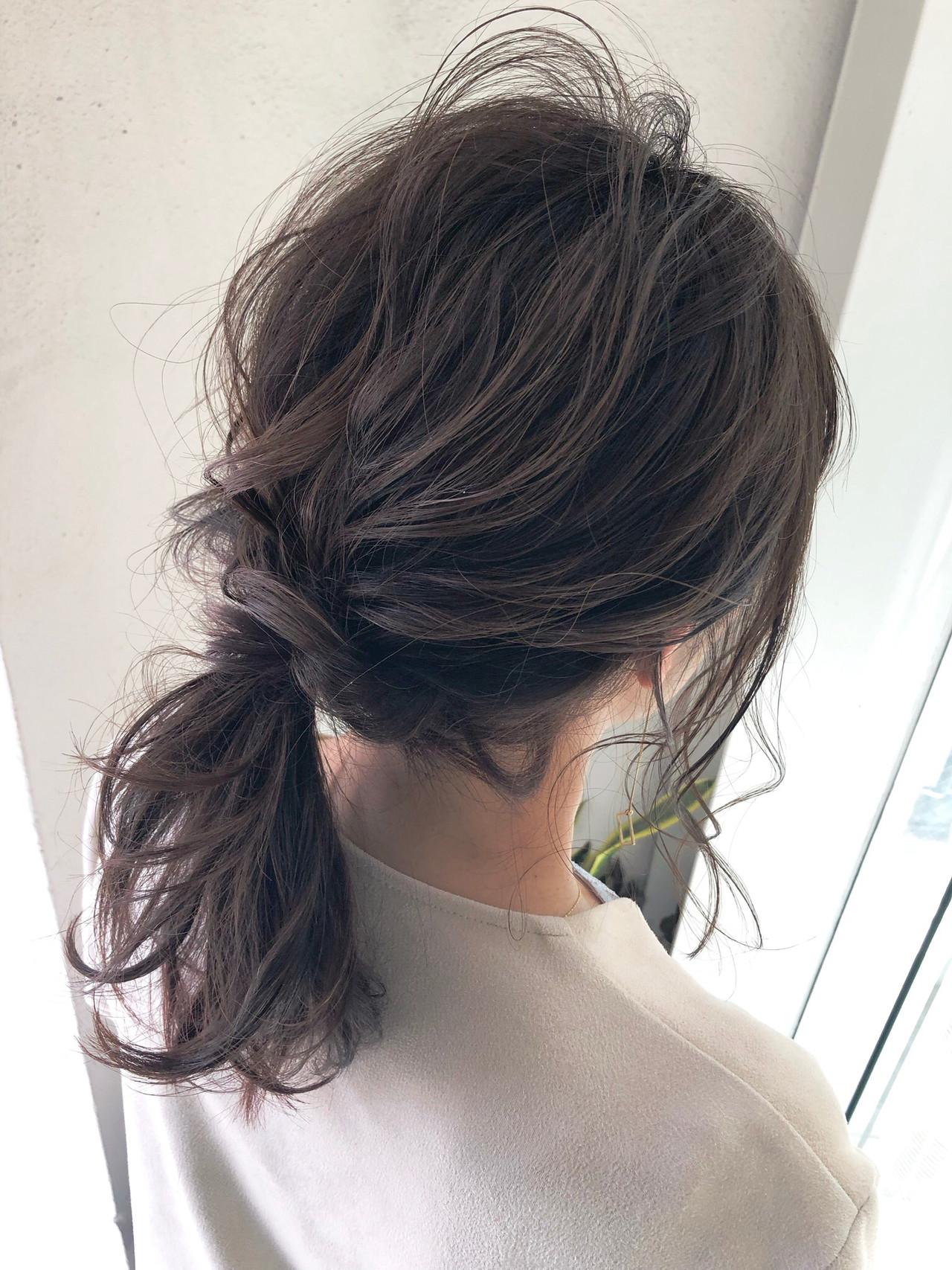 ナチュラル セルフアレンジ セミロング グレージュ ヘアスタイルや髪型の写真・画像