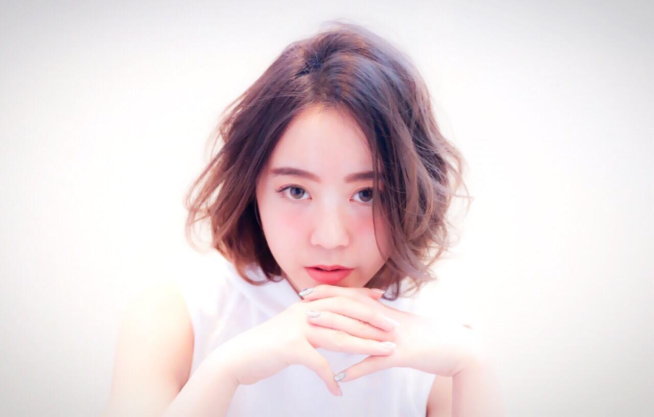 グラデーションカラー 外国人風 暗髪 簡単 ヘアスタイルや髪型の写真・画像