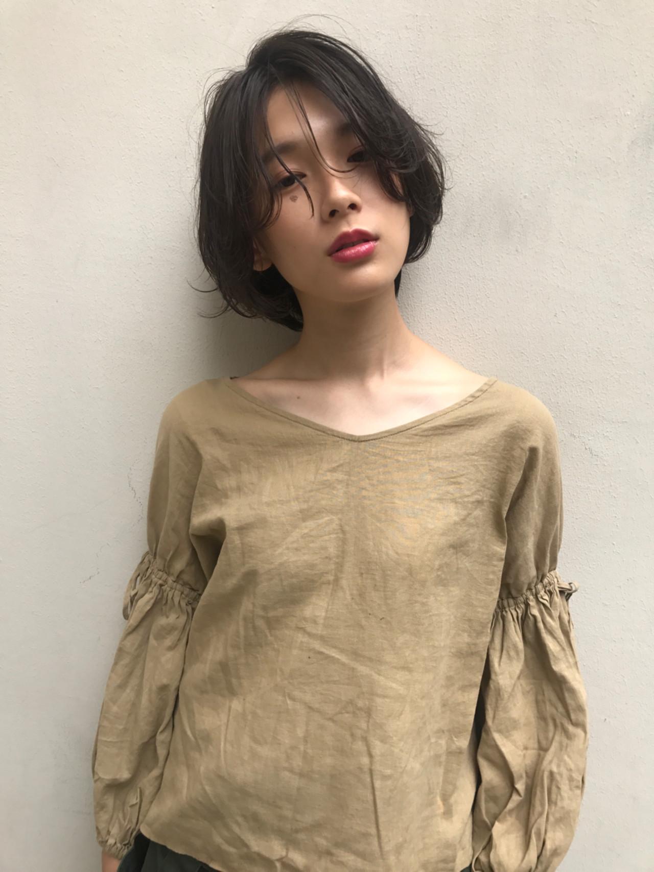 かっこいい 小顔 ナチュラル ショートボブ ヘアスタイルや髪型の写真・画像 | 羽田ひろむ / LAiLY  by  GARDEN