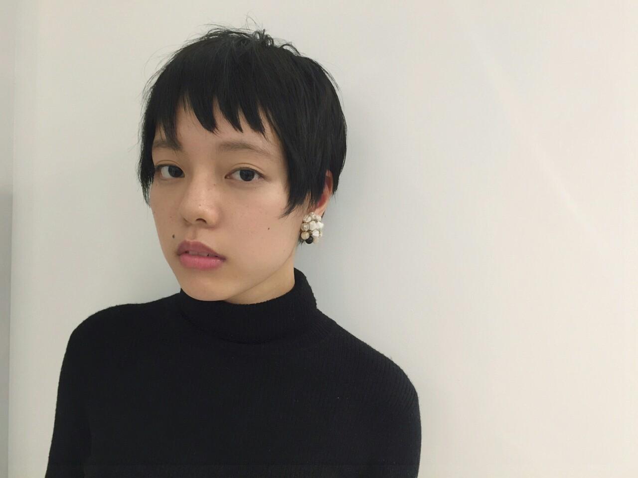黒髪 ショート 外国人風 ベリーショート ヘアスタイルや髪型の写真・画像
