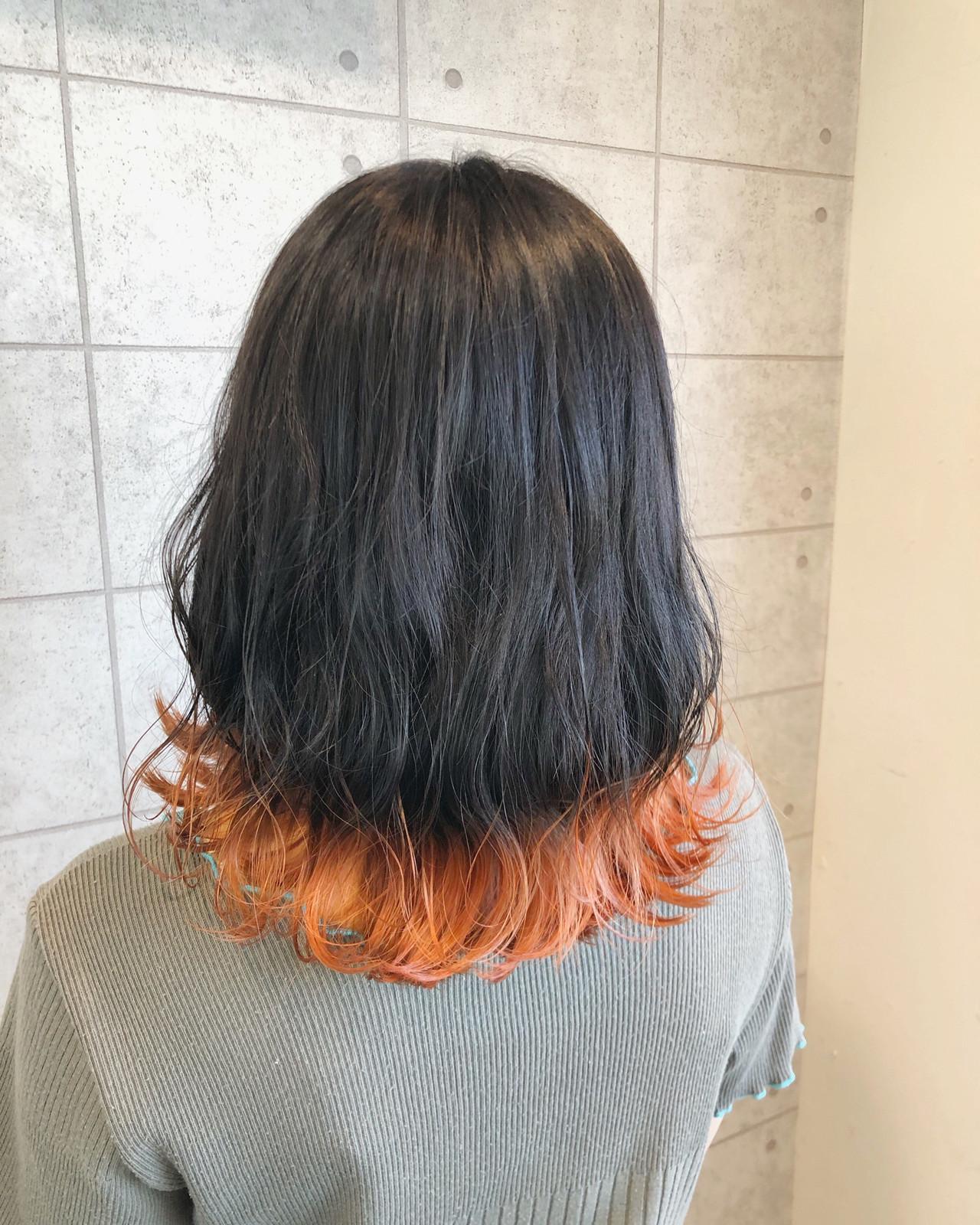 ミディアム イルミナカラー アプリコットオレンジ オレンジカラー ヘアスタイルや髪型の写真・画像
