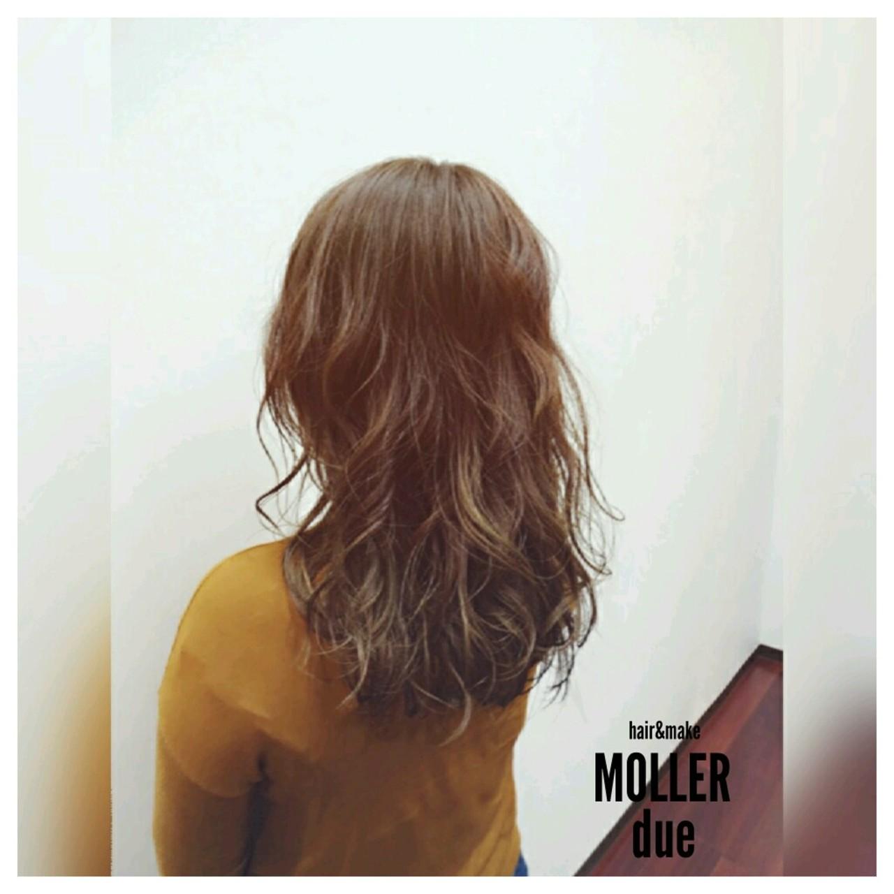 外国人風 ナチュラル 大人かわいい ゆるふわ ヘアスタイルや髪型の写真・画像 | 吉村俊宏 / hair&make MOLLER due