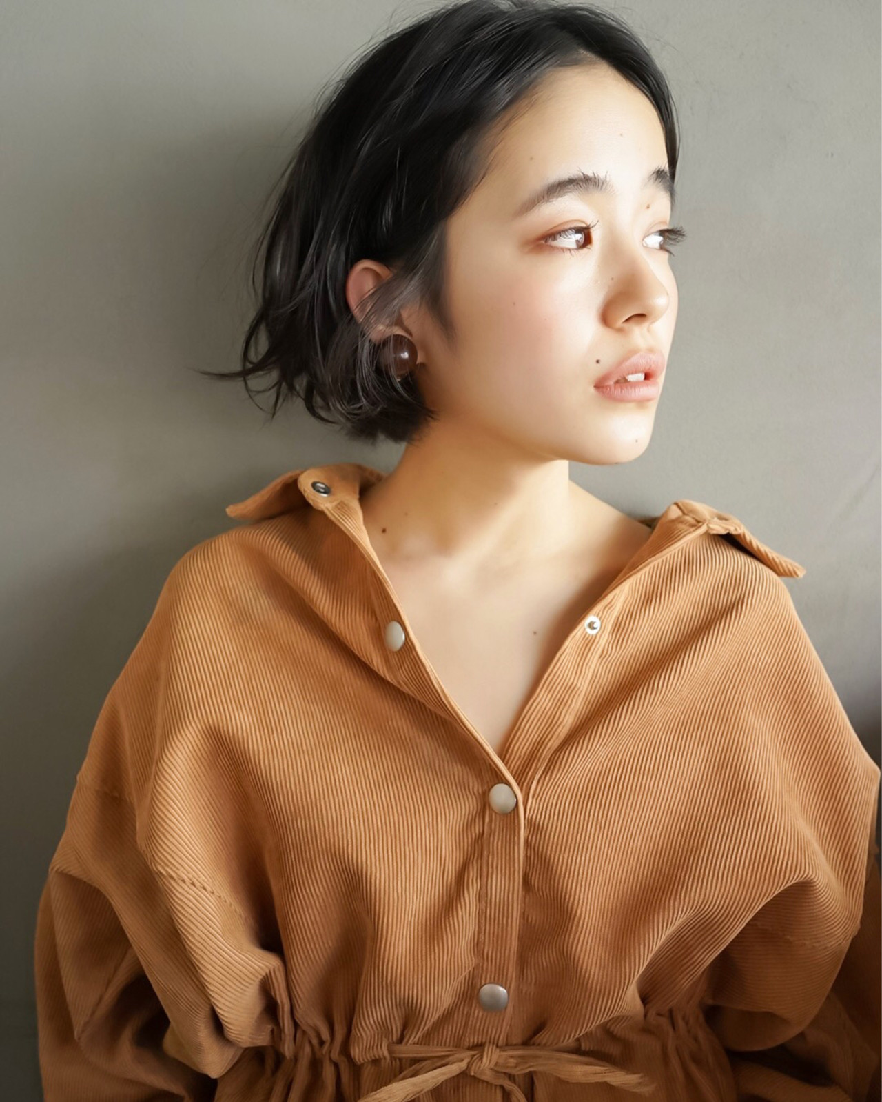 ナチュラル 無造作 くせ毛風 アンニュイ ヘアスタイルや髪型の写真・画像