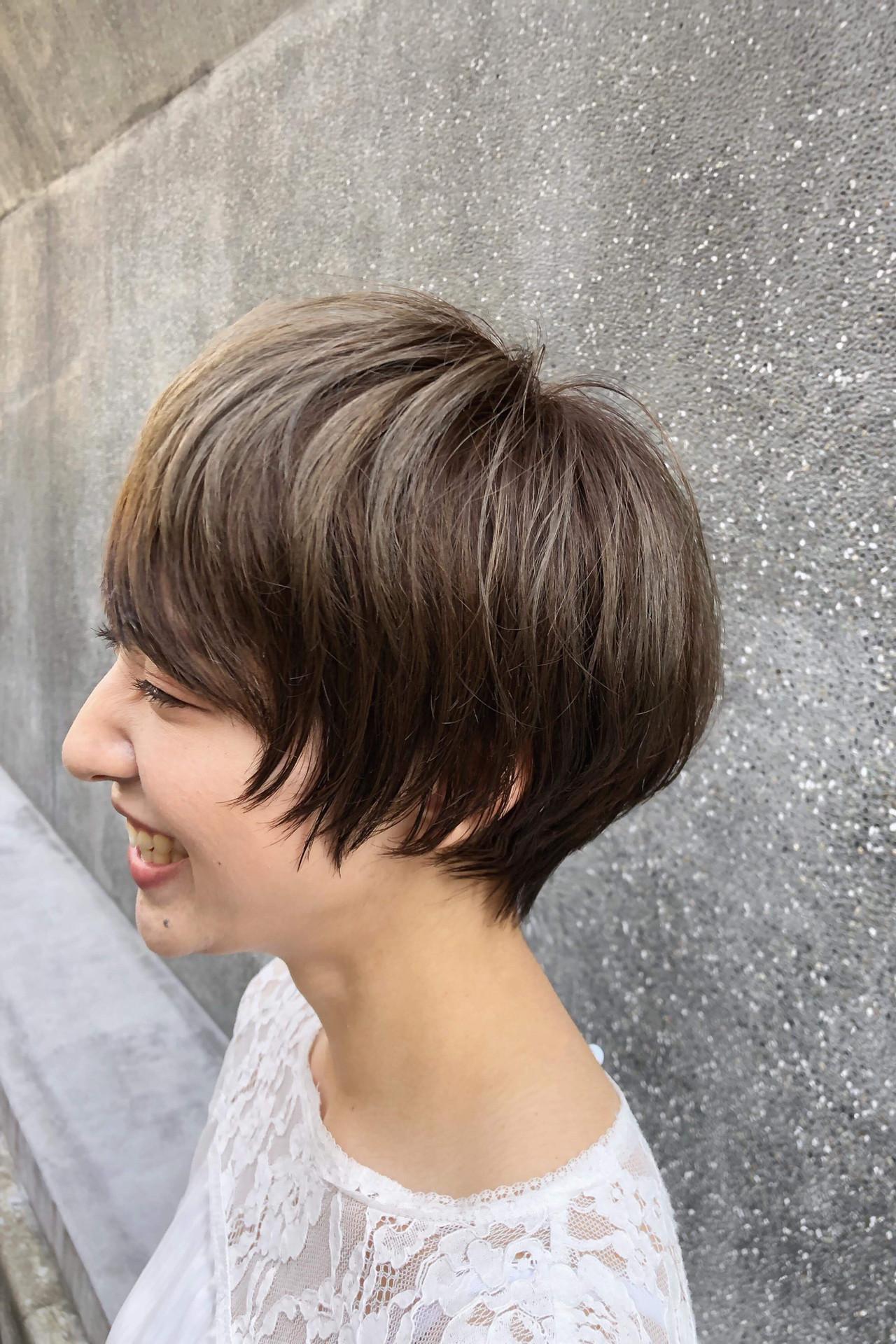 外国人風 ナチュラル 小顔 ショート ヘアスタイルや髪型の写真・画像   郡司 泰之 / ROJITHA 原宿 / ROJITHA