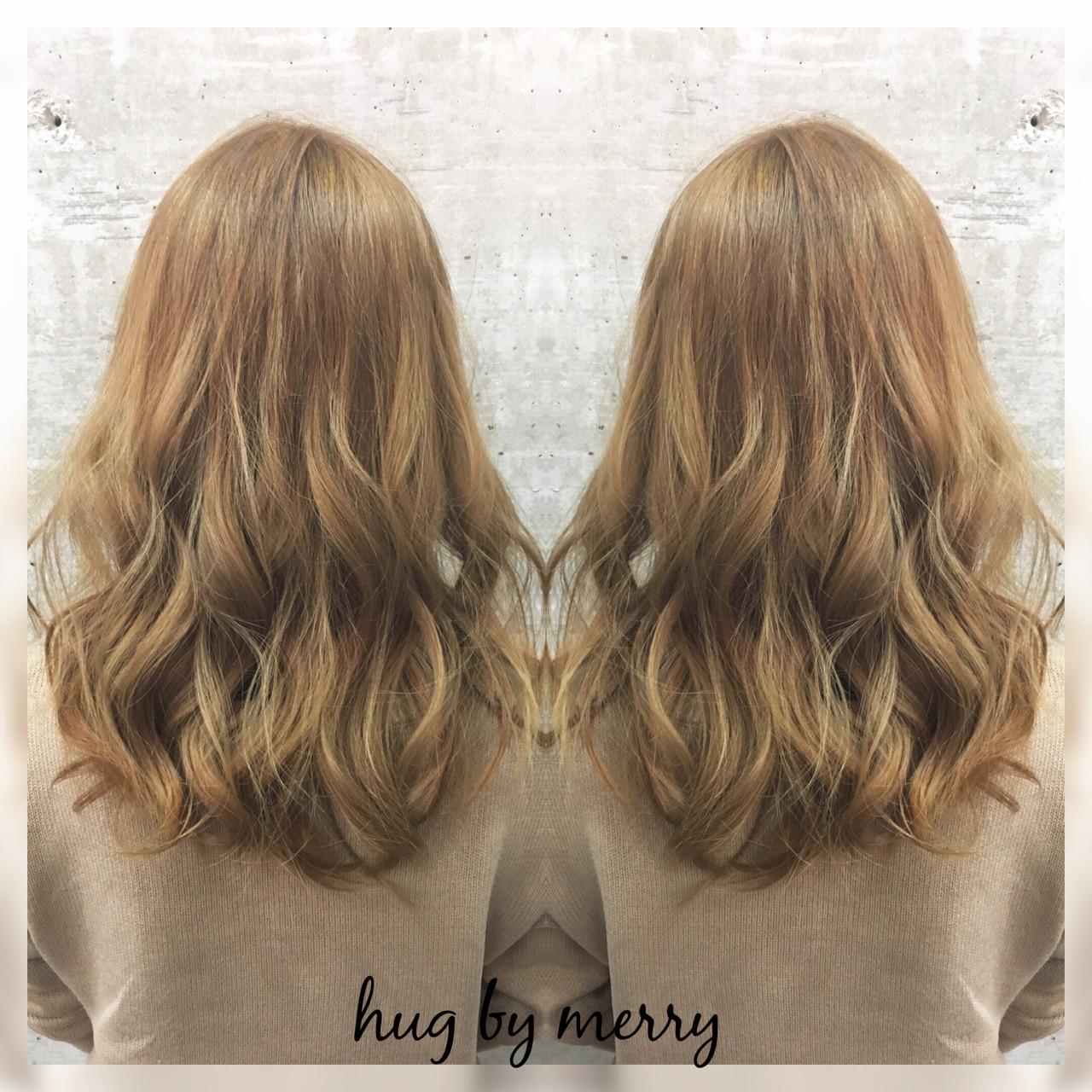 グラデーションカラー アッシュ ゆるふわ ハイライト ヘアスタイルや髪型の写真・画像