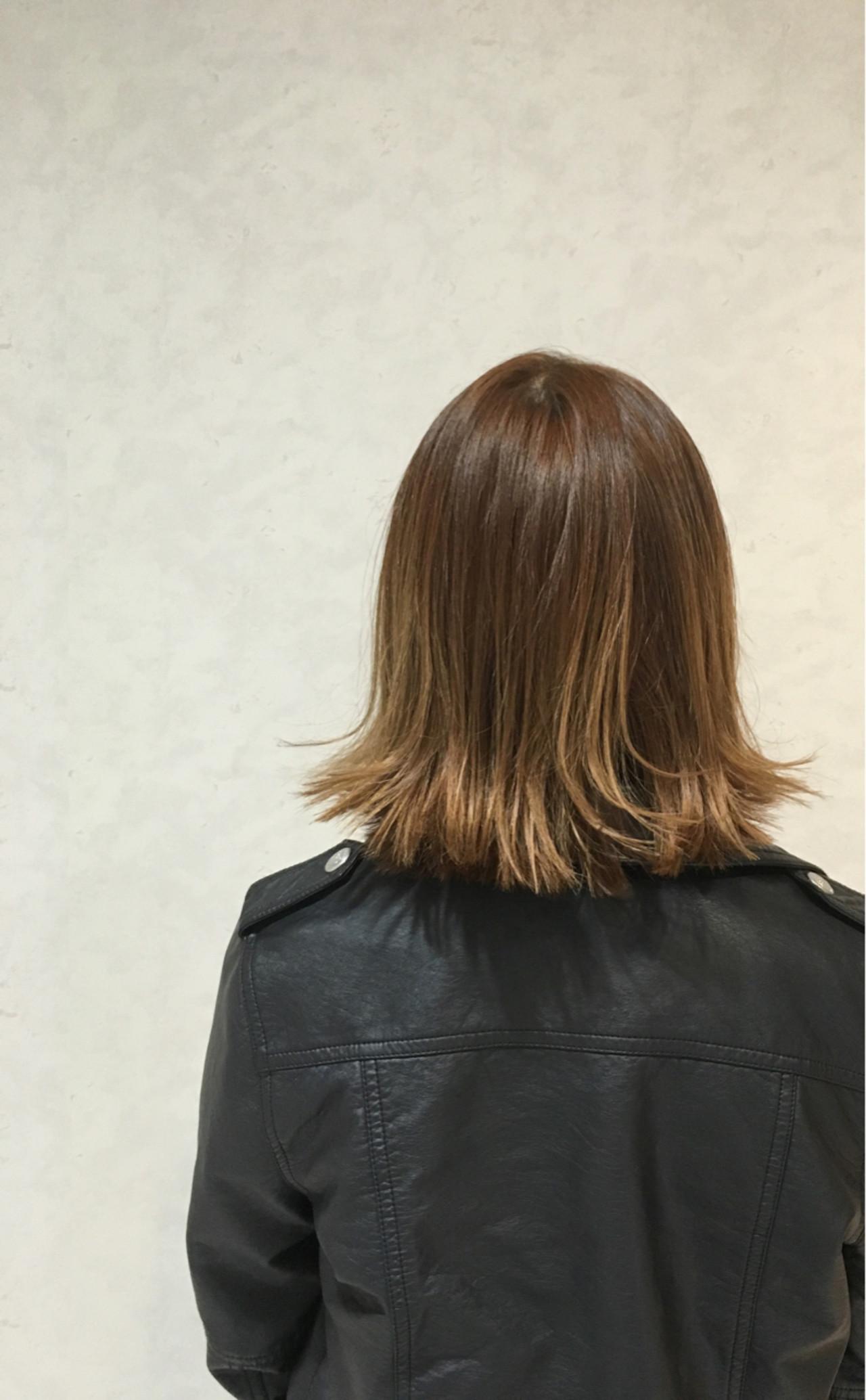 大人かわいい ストリート 外ハネ アッシュ ヘアスタイルや髪型の写真・画像