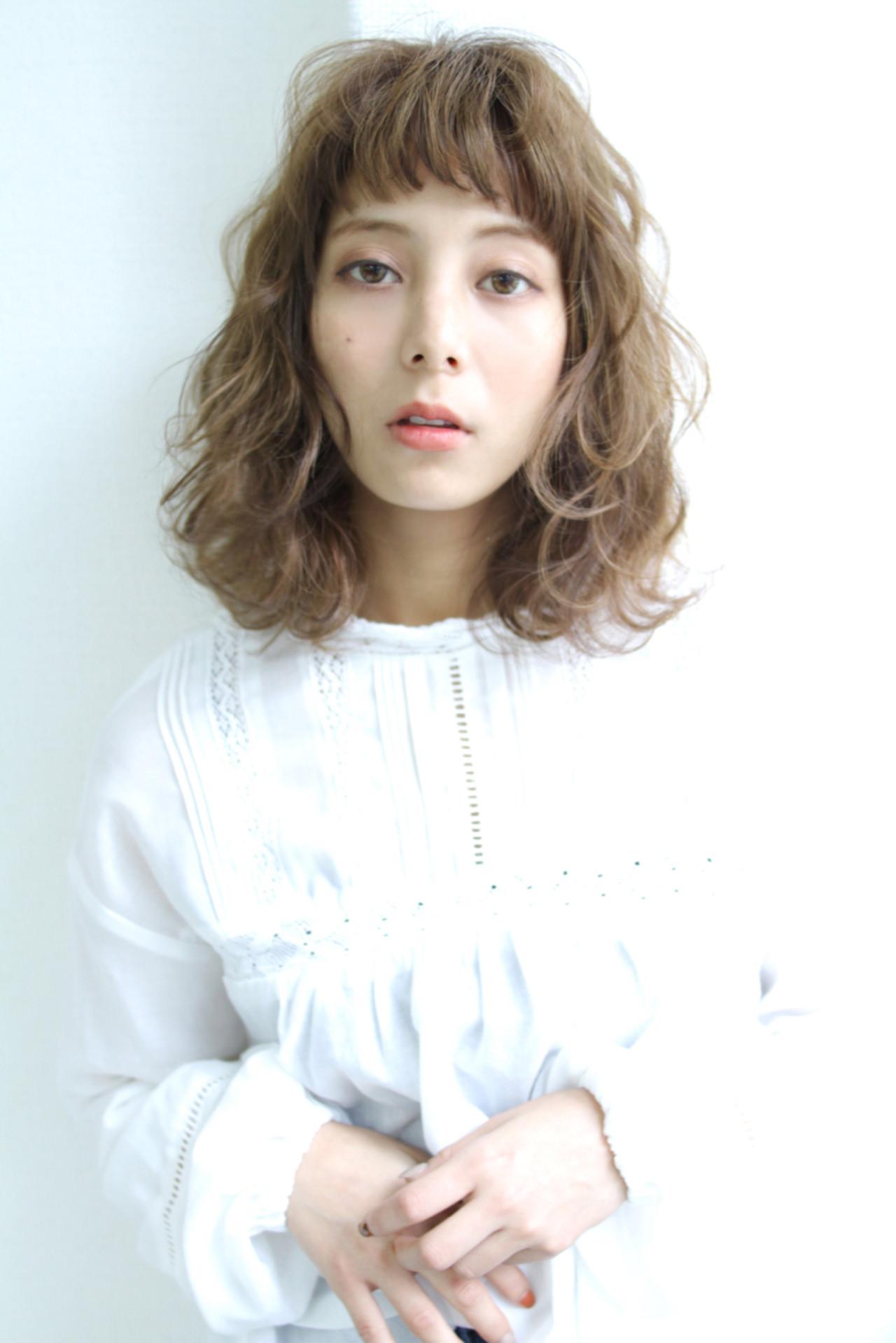 ガーリー ハイライト ゆるふわ ミディアム ヘアスタイルや髪型の写真・画像 | 清水 孝純 / Rose
