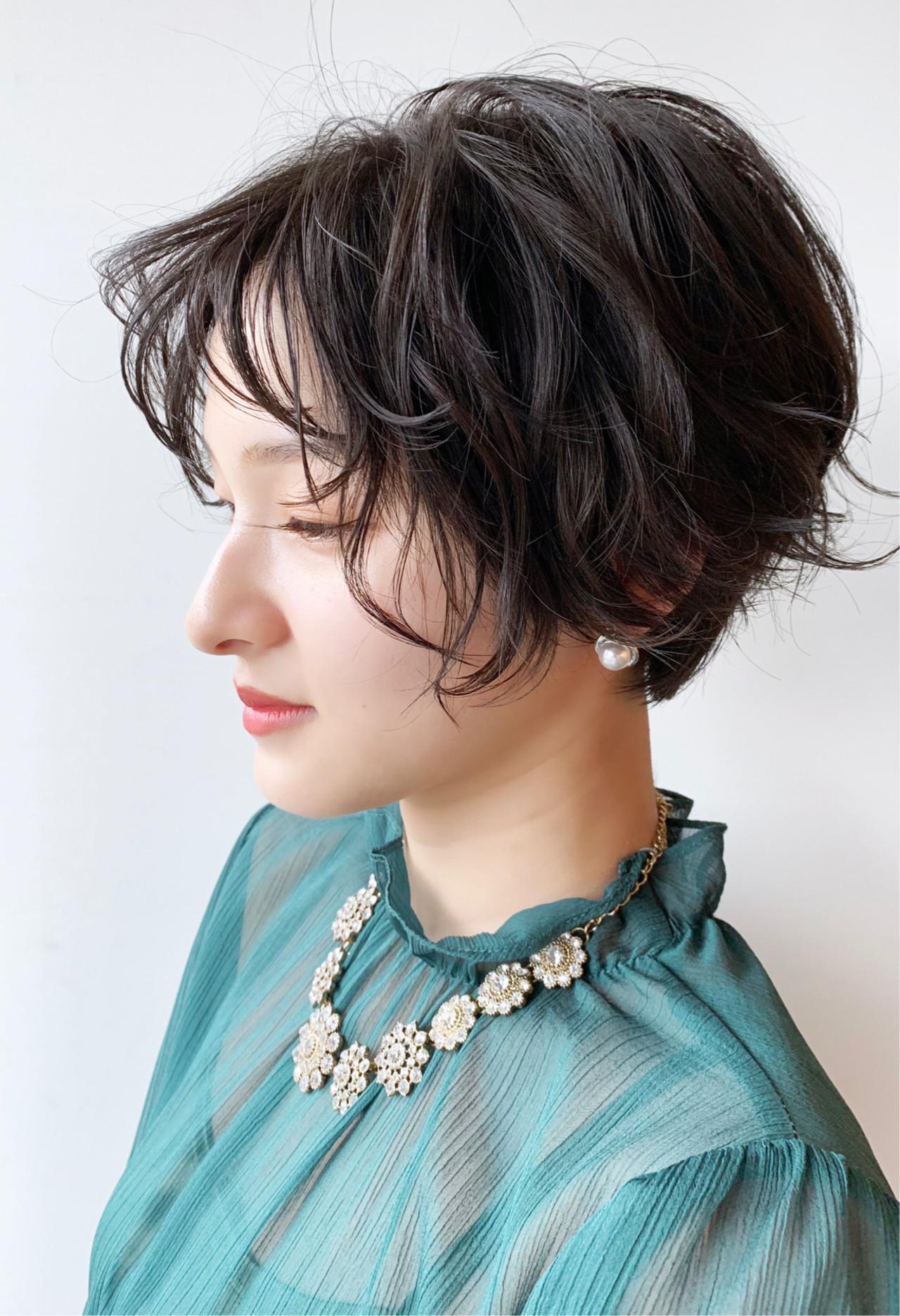 ばっさり パーマ 大人かわいい 黒髪 ヘアスタイルや髪型の写真・画像