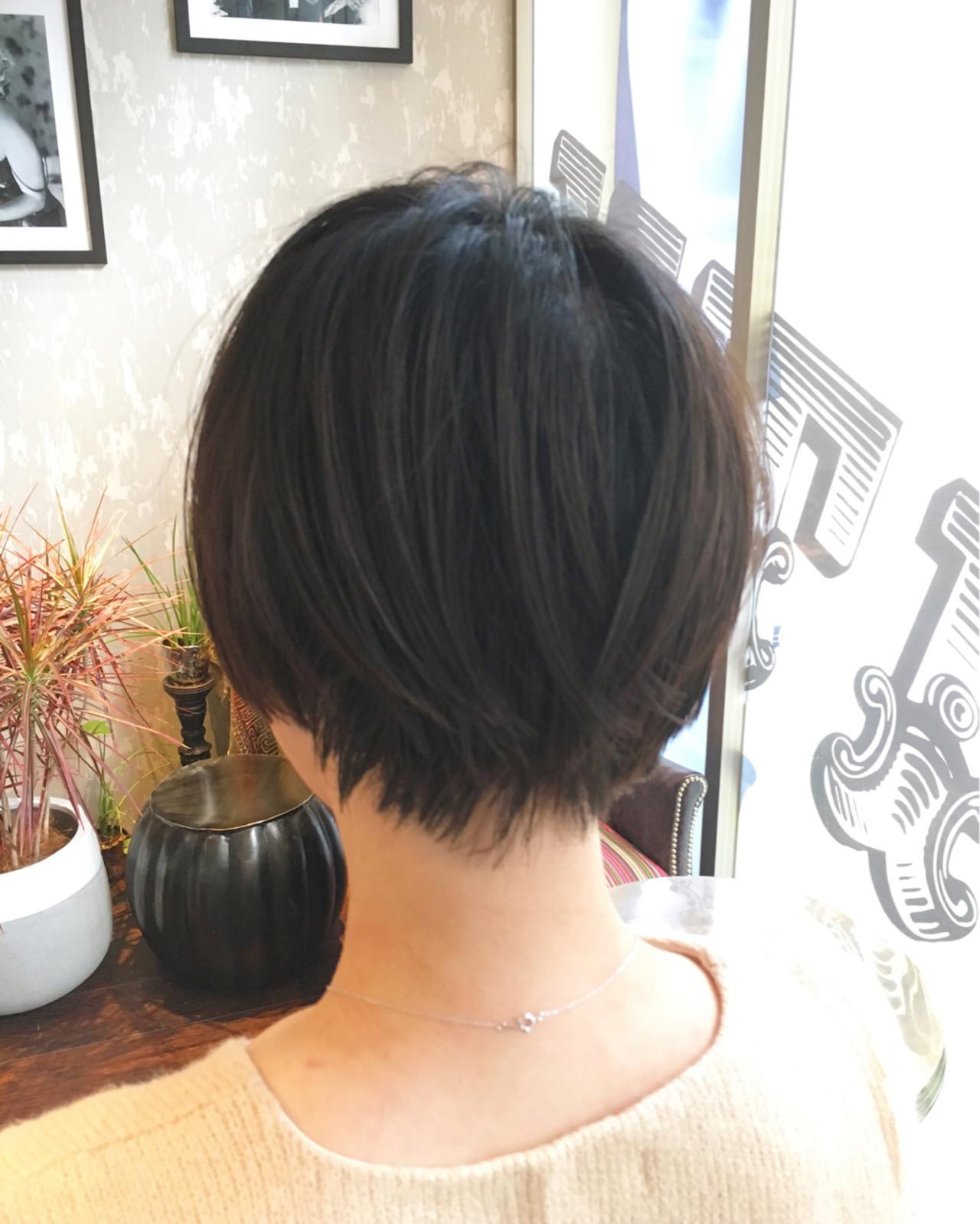 大人かわいい 色気 ショート 小顔 ヘアスタイルや髪型の写真・画像   市口泰崇 / INITY