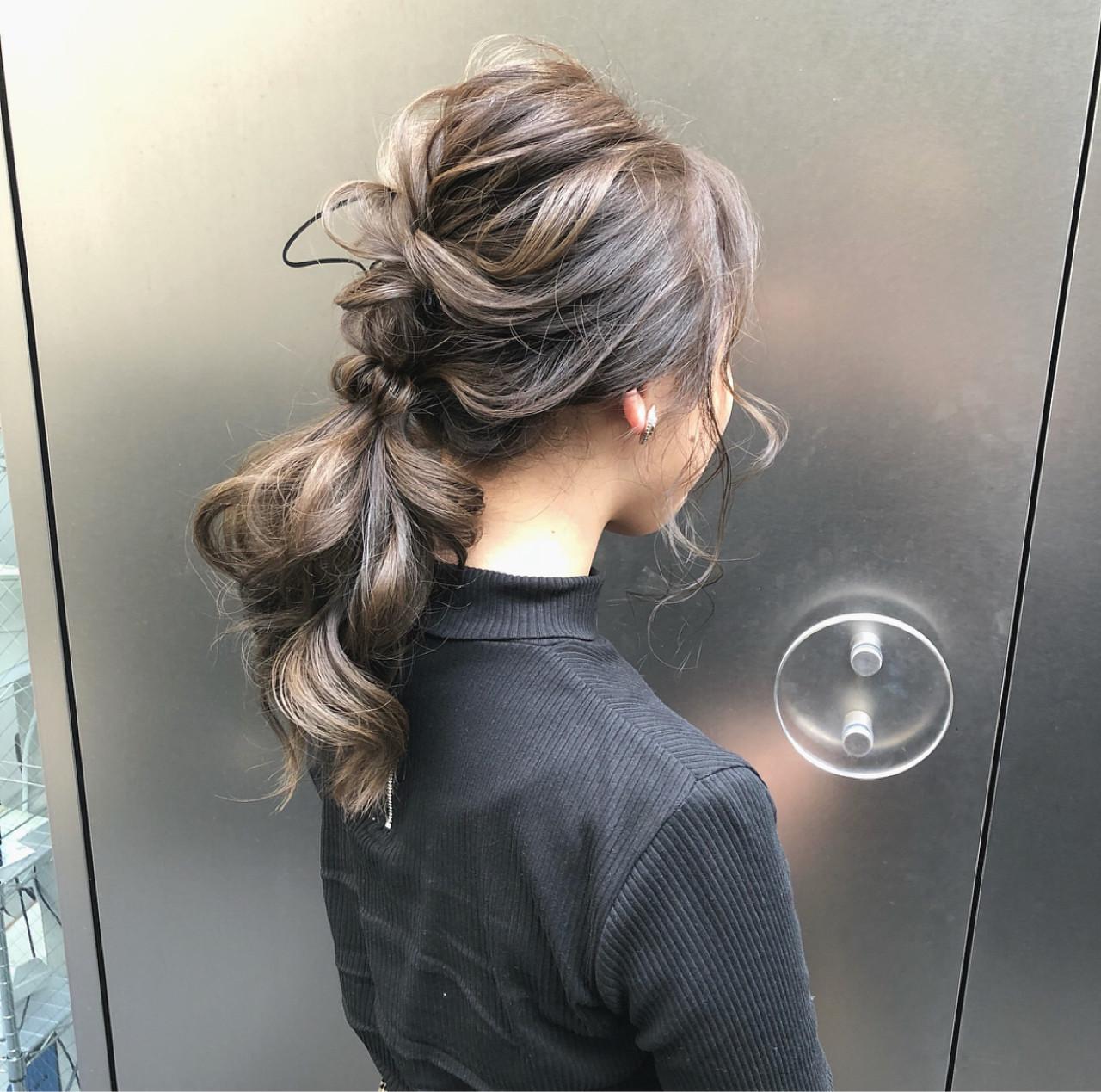 ポニーテール ヘアアレンジ ナチュラル 大人かわいい ヘアスタイルや髪型の写真・画像   hii.de@✂︎ / Maison de sisi
