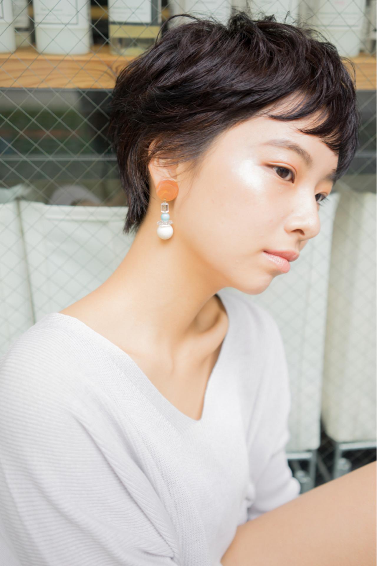 黒髪 ナチュラル パーマ 外国人風 ヘアスタイルや髪型の写真・画像 | 祖父江基志 / NOESALON