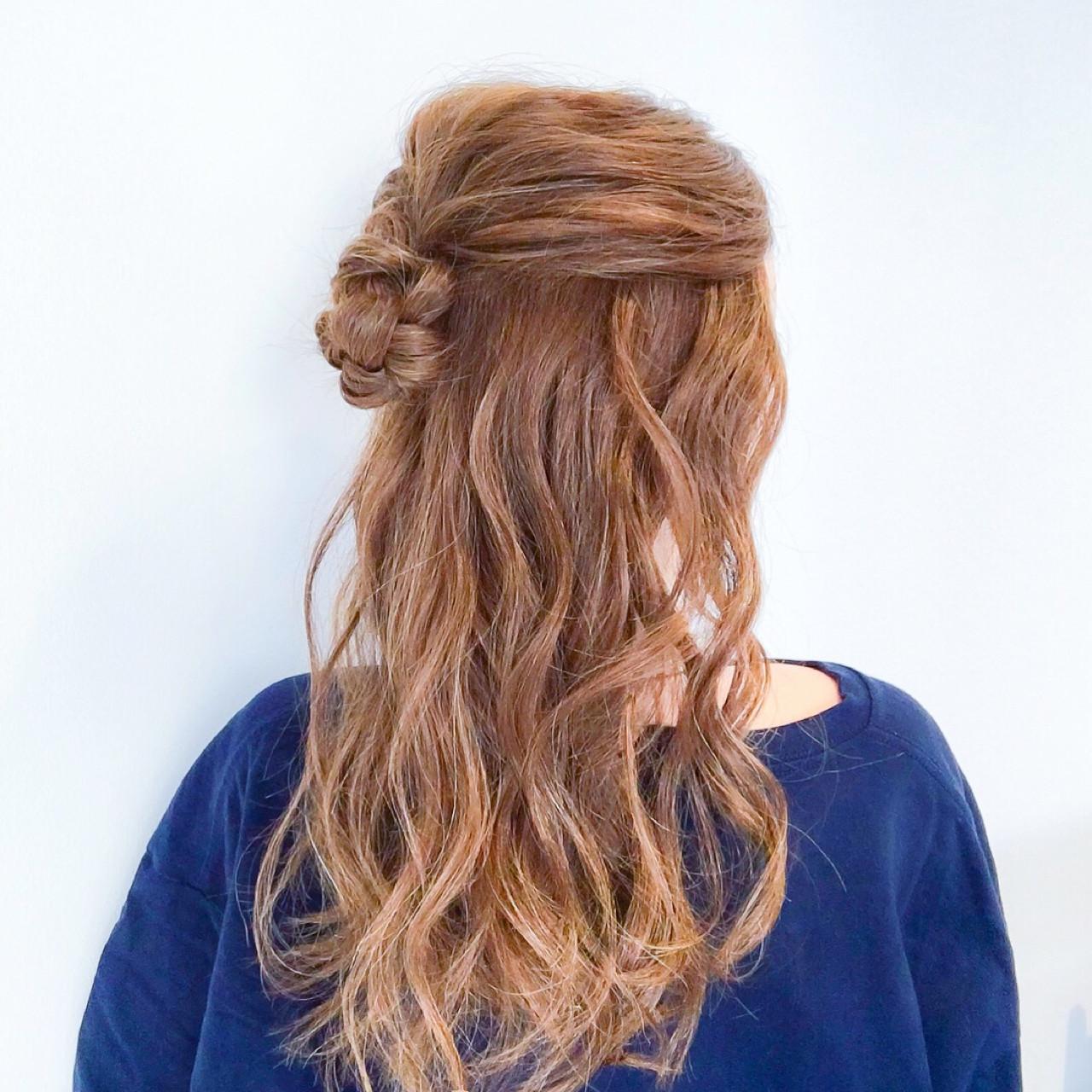 簡単ヘアアレンジ オフィス アウトドア デート ヘアスタイルや髪型の写真・画像