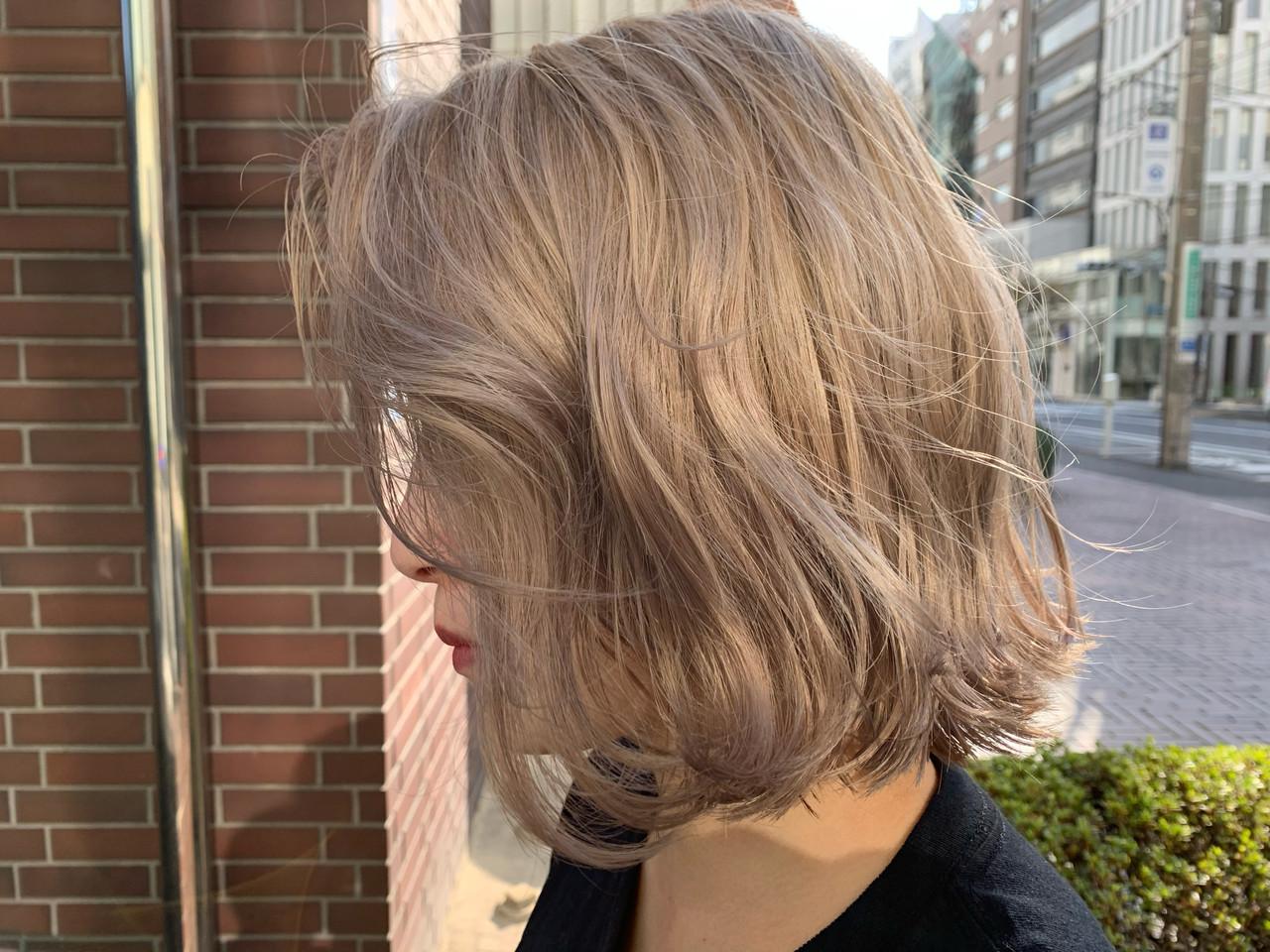 ハイトーンカラー ミニボブ モテボブ ボブ ヘアスタイルや髪型の写真・画像