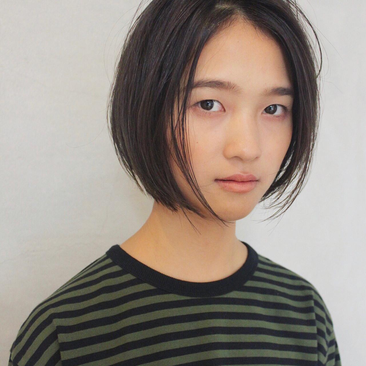 ナチュラル ハイライト 大人女子 センター分け ヘアスタイルや髪型の写真・画像 | 大久保 繁 / Salt