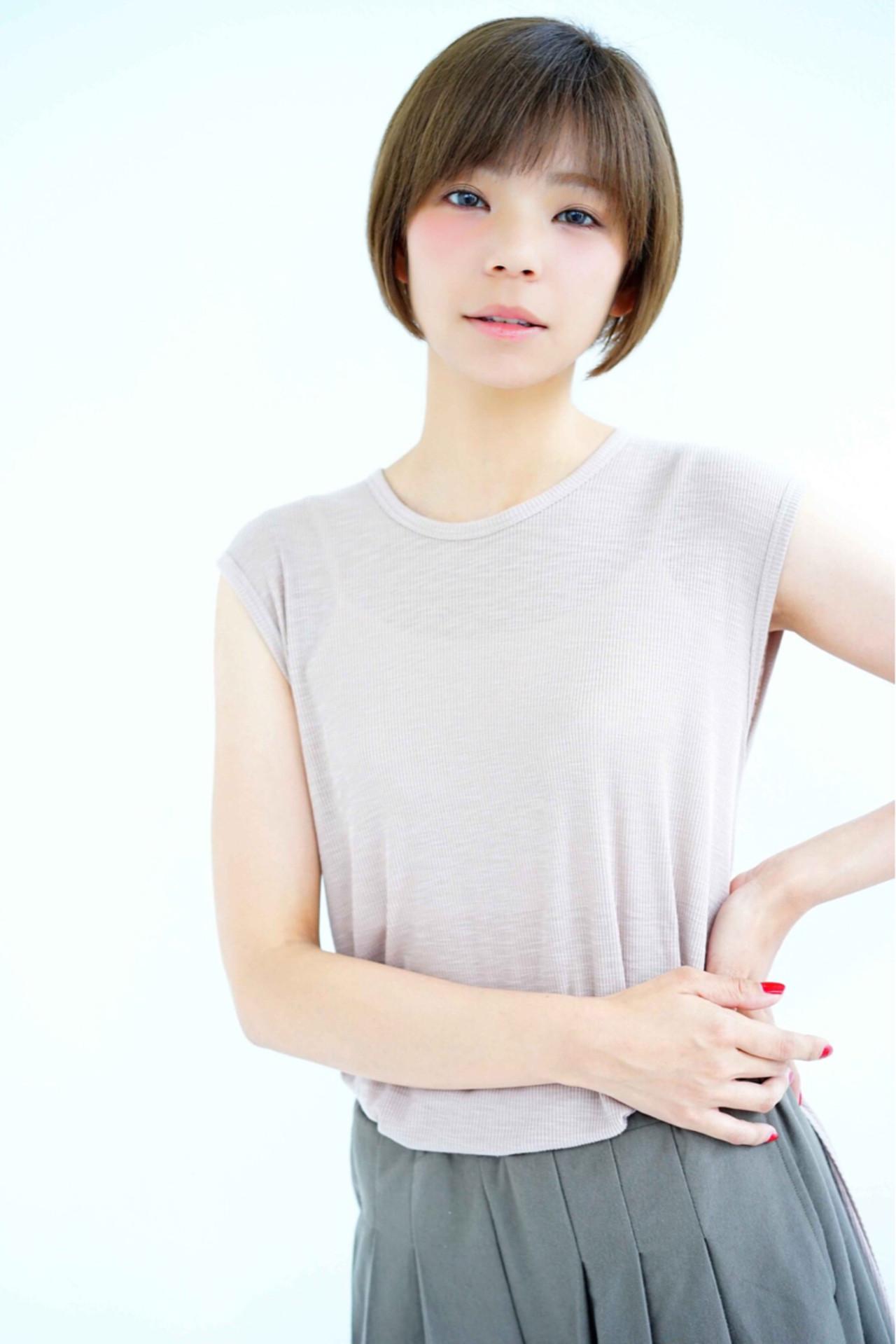 ショート ボブ ダブルバング 艶髪 ヘアスタイルや髪型の写真・画像