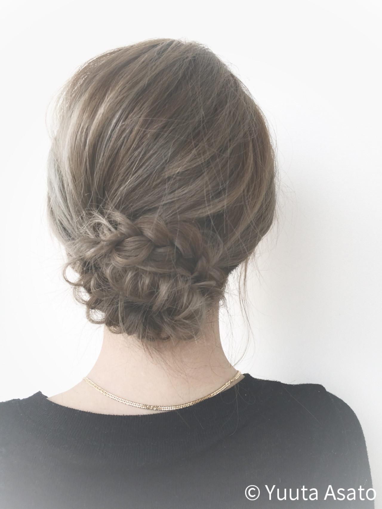 フィッシュボーン ショート 外国人風 編み込み ヘアスタイルや髪型の写真・画像