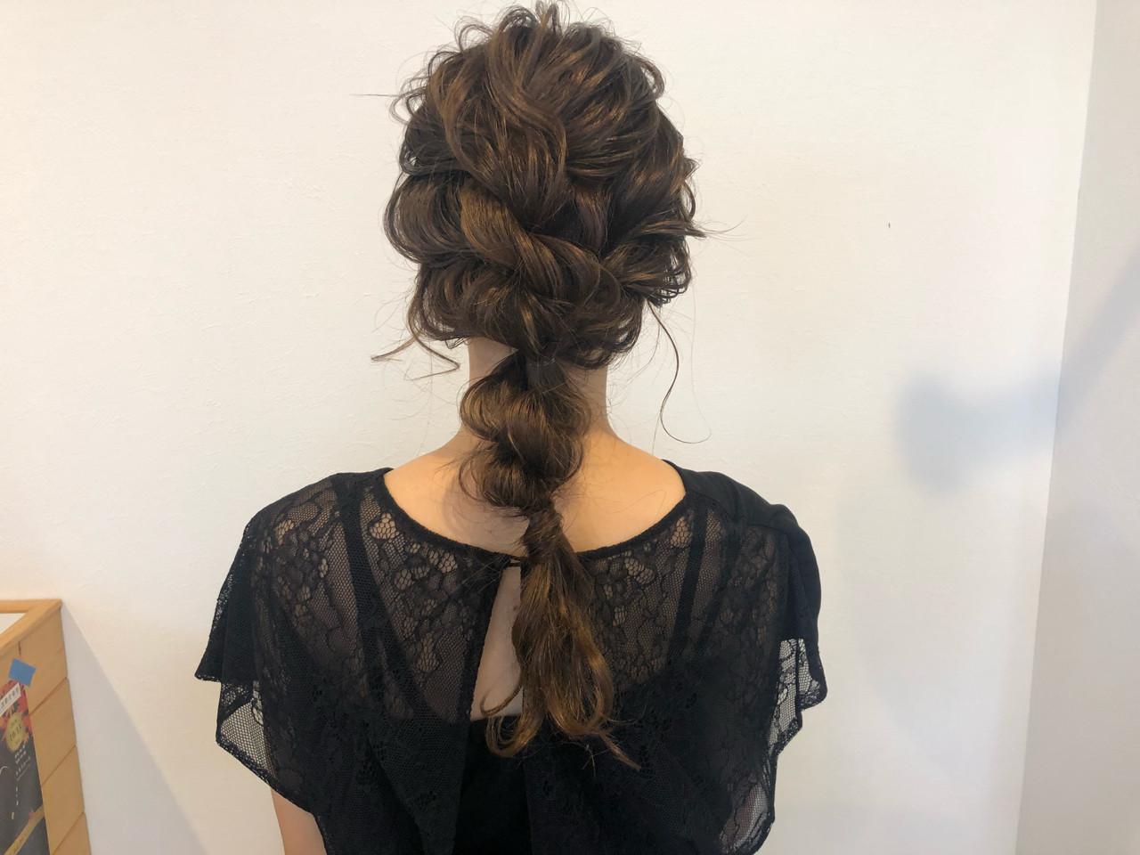 セミロング パーティ 結婚式 女子力 ヘアスタイルや髪型の写真・画像 | 宇渡 裕一 / Lillie hair&spa