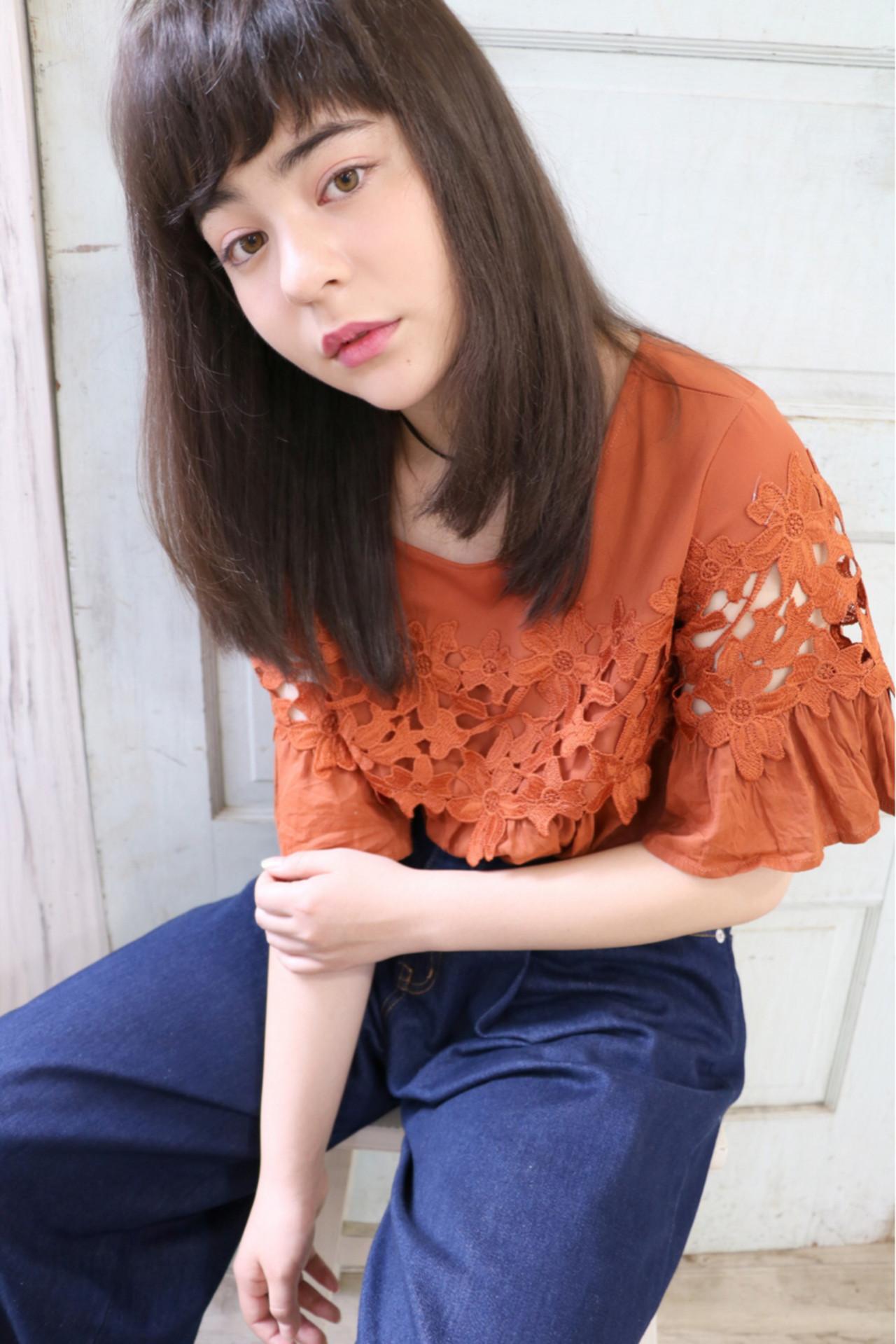 ナチュラル セミロング フェミニン 暗髪 ヘアスタイルや髪型の写真・画像 | 石川フミヤ / Jule