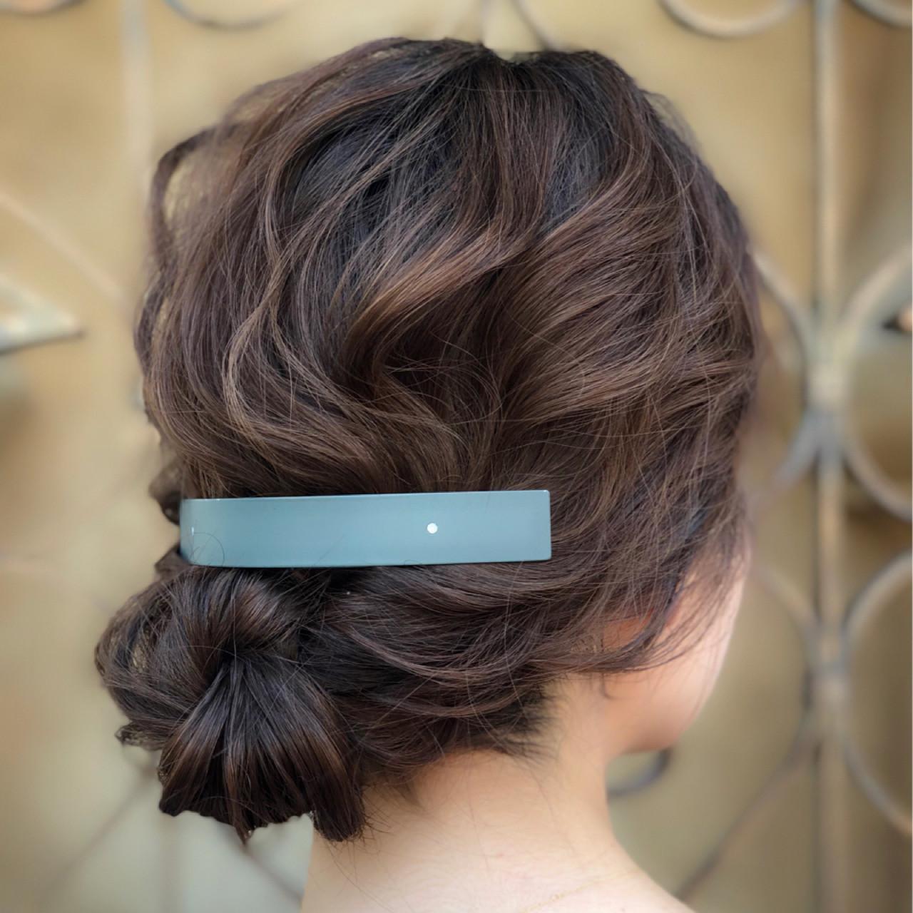 ナチュラル シニヨン ヘアアレンジ 夏 ヘアスタイルや髪型の写真・画像