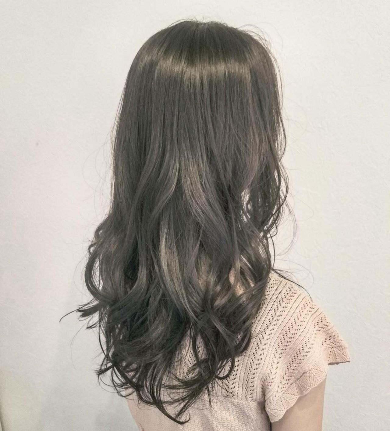 イルミナカラー ロング ナチュラル ウェットヘア ヘアスタイルや髪型の写真・画像