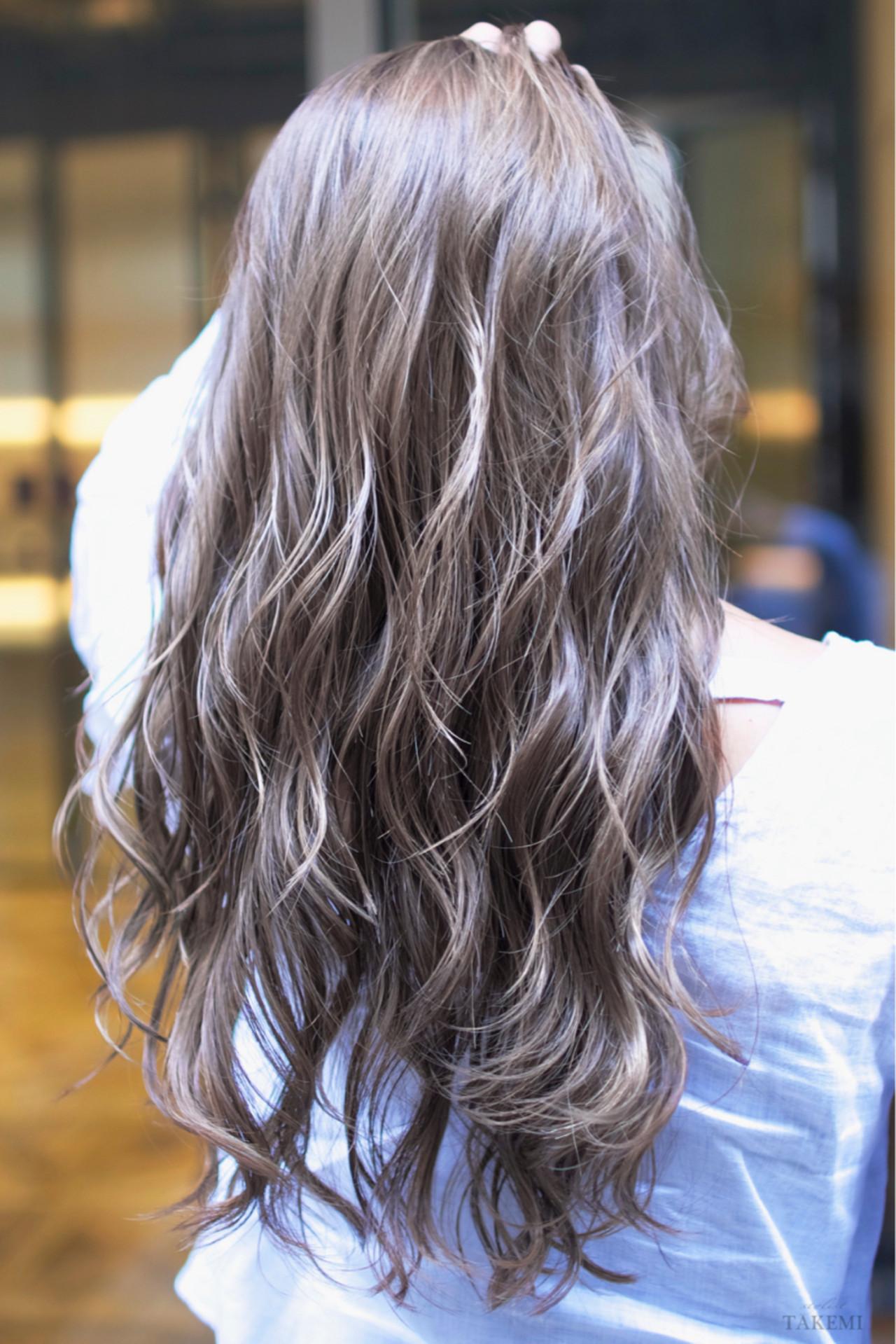 外国人風カラー ハイライト ダブルカラー バレイヤージュ ヘアスタイルや髪型の写真・画像 | TAKEMI / BEBE 表参道