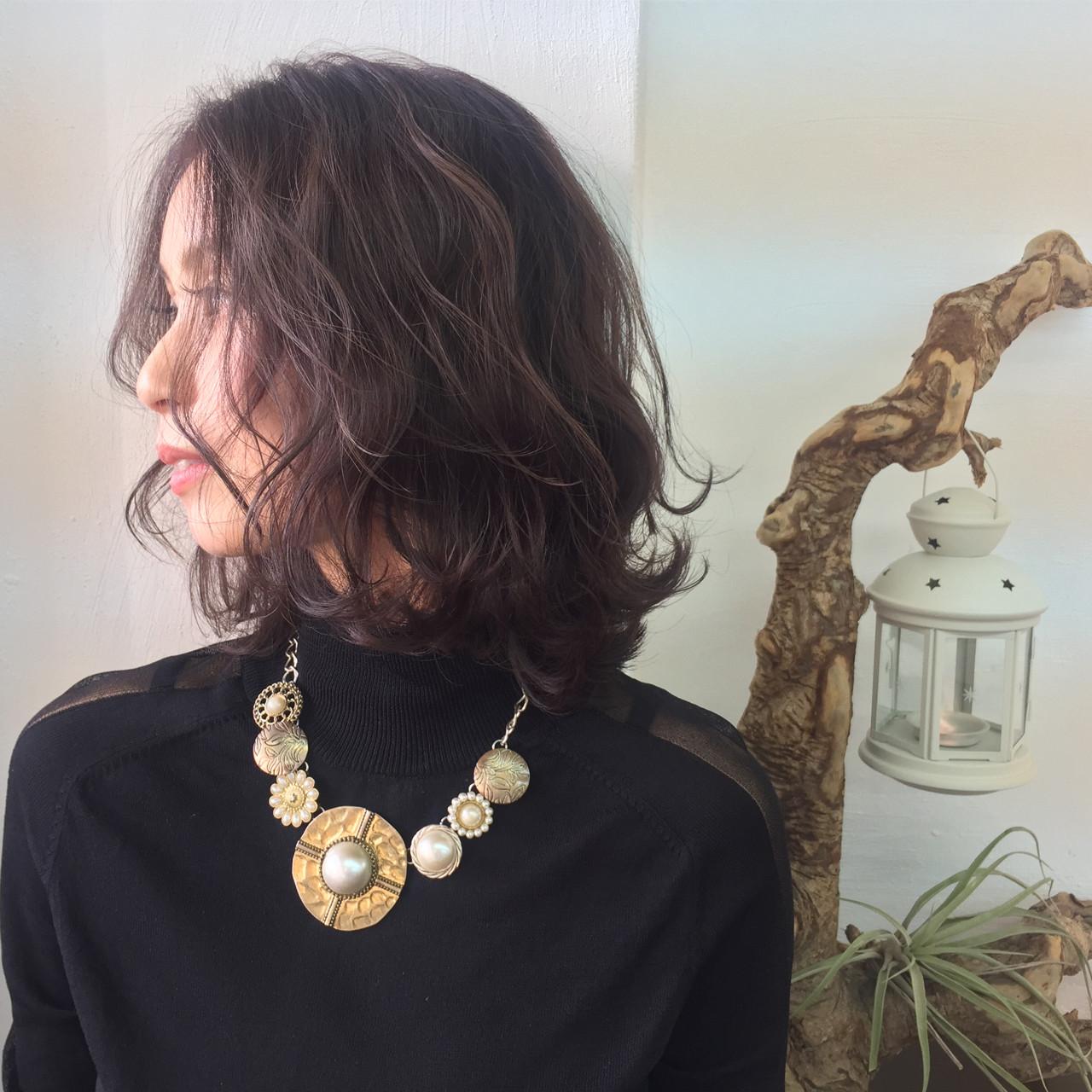 ほんのりピンクにきゅんとする。愛され「ラベンダーアッシュ」のヘアスタイルまとめ  Akane Ueda