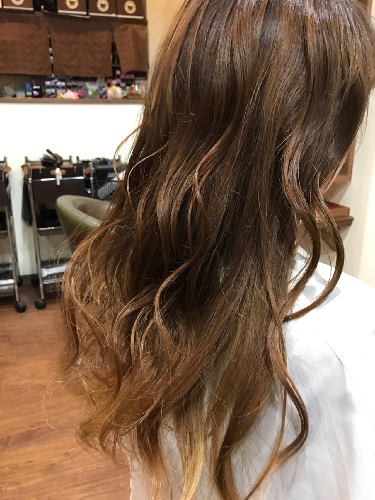 ナチュラル フェミニン 愛され ロング ヘアスタイルや髪型の写真・画像 | Naoki Tamura / 、