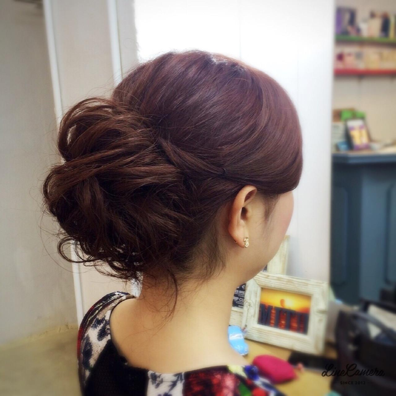 アップスタイル ねじり セミロング 簡単ヘアアレンジ ヘアスタイルや髪型の写真・画像