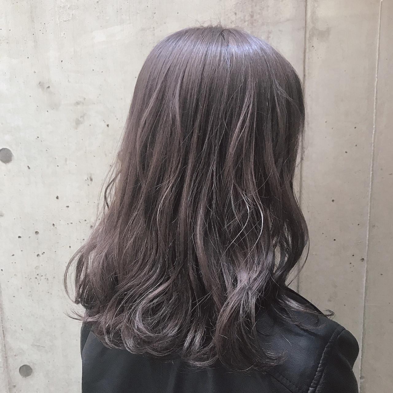 セミロング ナチュラル ゆるふわ ラベンダー ヘアスタイルや髪型の写真・画像 | kae /  ROVER