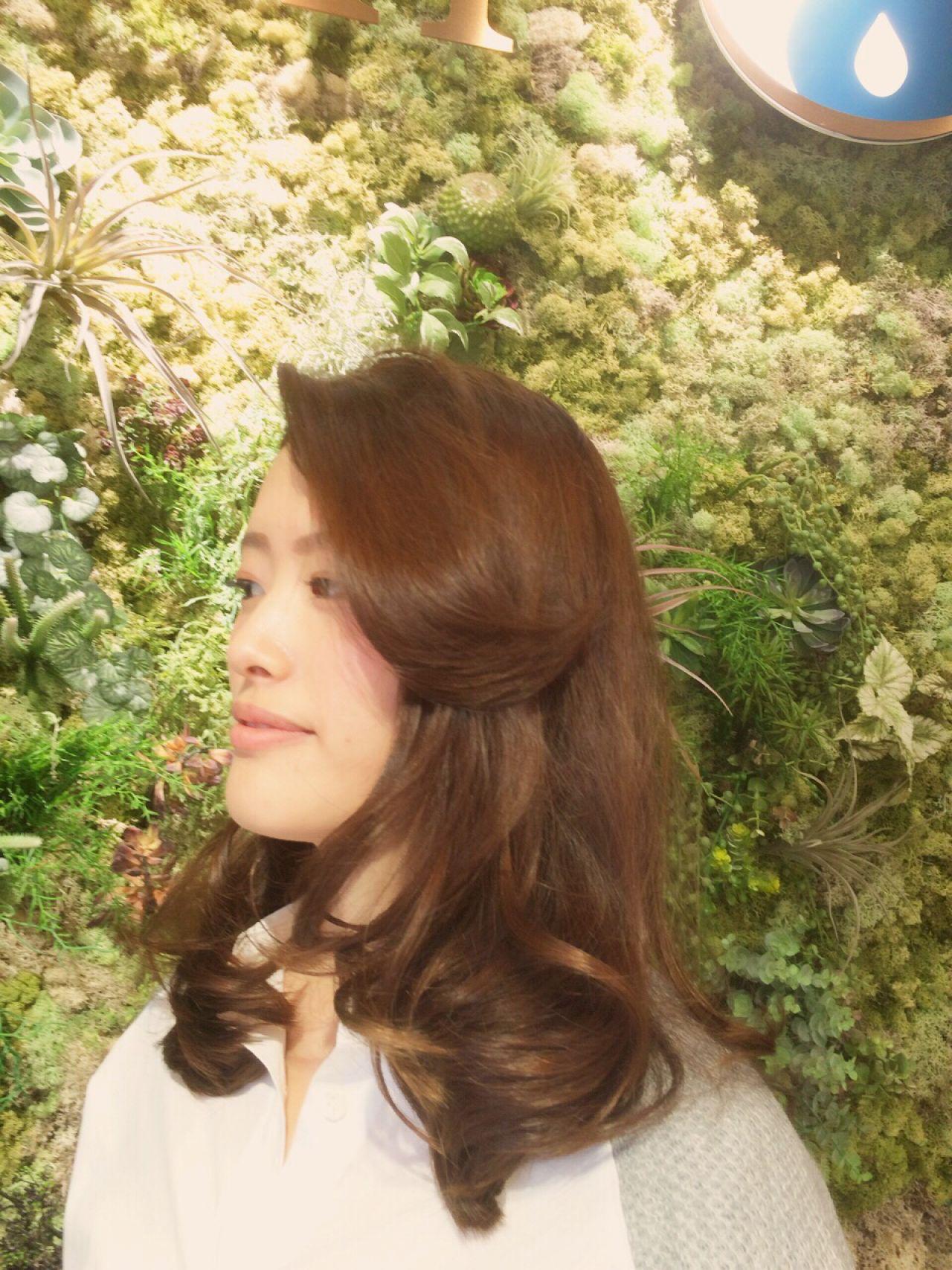 ロング モテ髪 コンサバ ゆるふわ ヘアスタイルや髪型の写真・画像