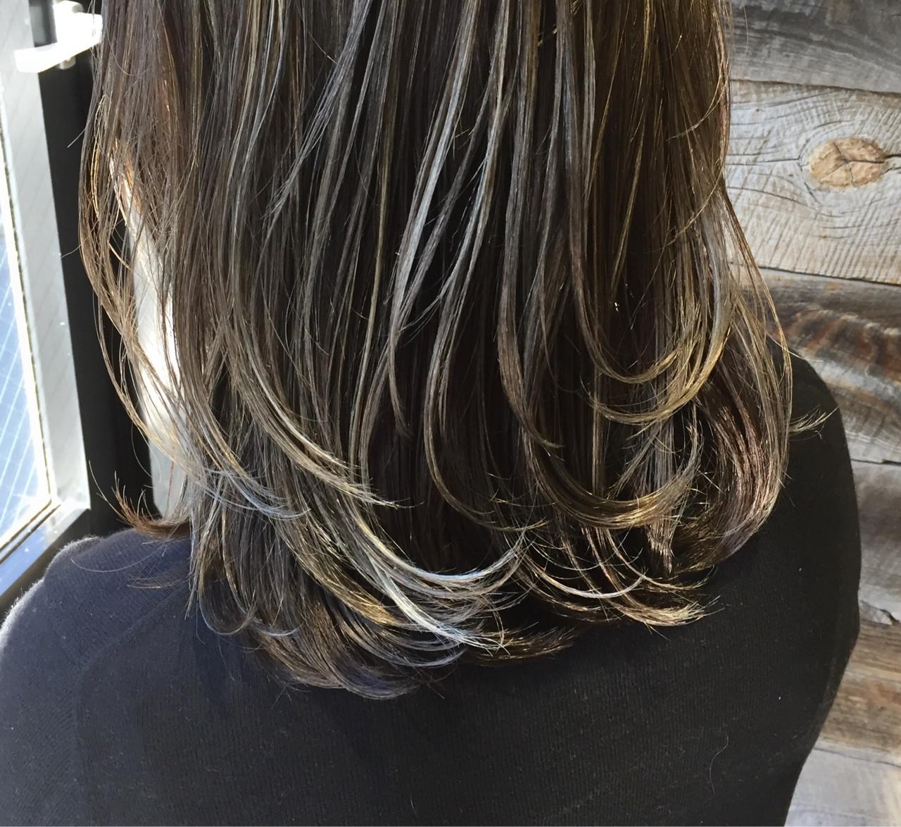 暗髪 ブルージュ ストリート 外国人風 ヘアスタイルや髪型の写真・画像   高沼 達也 / byトルネード / トルネード