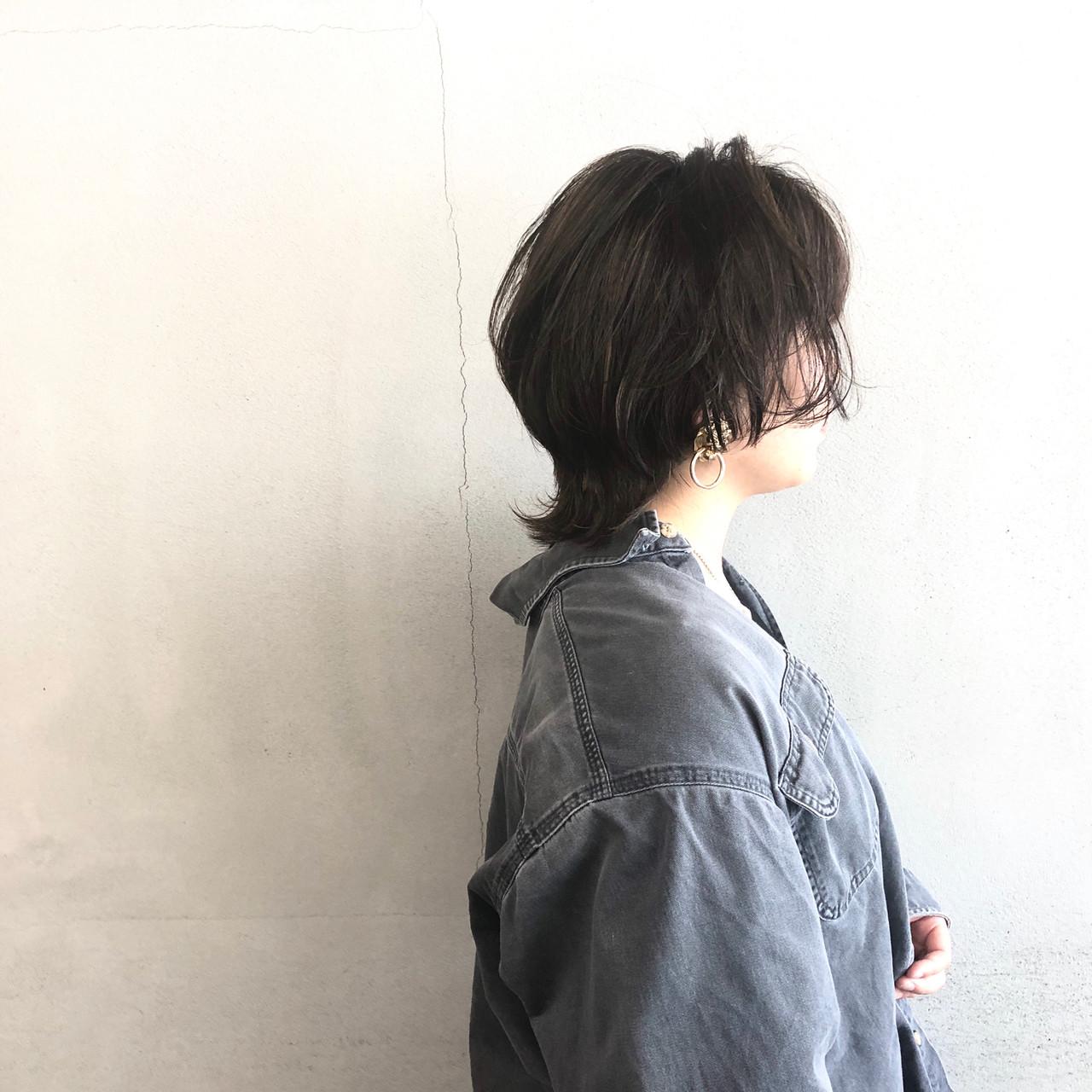 マッシュウルフ ウルフカット ナチュラル ショート ヘアスタイルや髪型の写真・画像