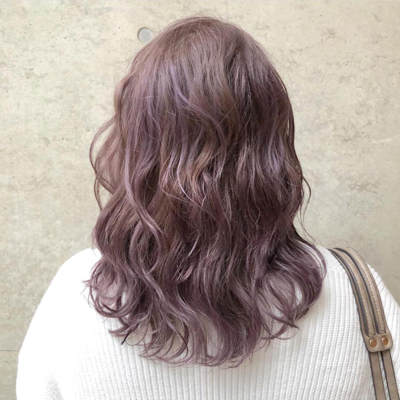 ラベンダー ストリート ラベンダーアッシュ 外国人風カラー ヘアスタイルや髪型の写真・画像