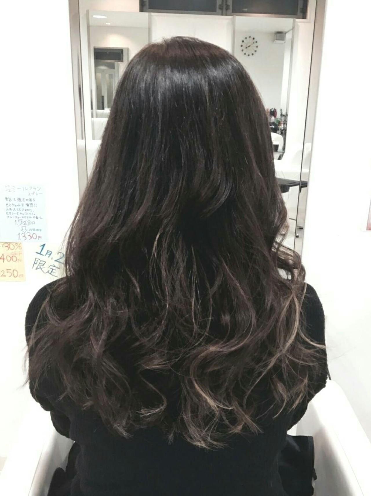 ロング アンニュイ 外国人風 リラックス ヘアスタイルや髪型の写真・画像