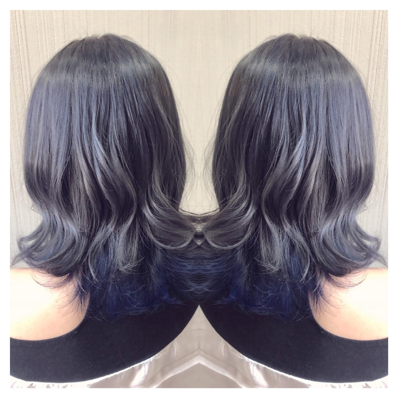 デート インナーカラー ミディアム アンニュイほつれヘア ヘアスタイルや髪型の写真・画像