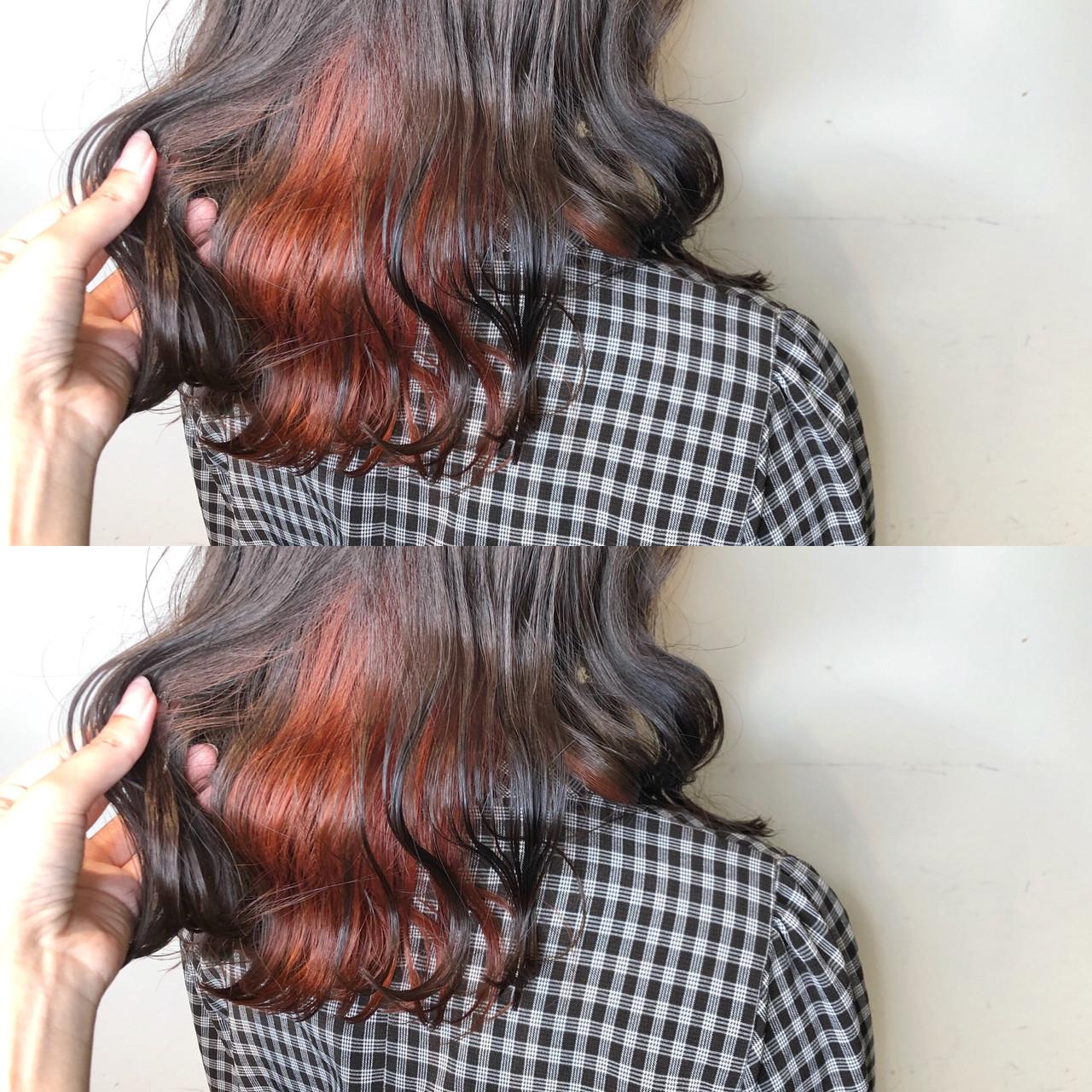 インナーカラー エレガント ゆるふわ ミディアム ヘアスタイルや髪型の写真・画像