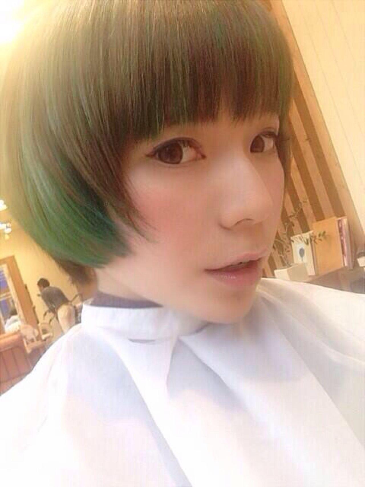 ハイトーン ショート モード 外国人風 ヘアスタイルや髪型の写真・画像