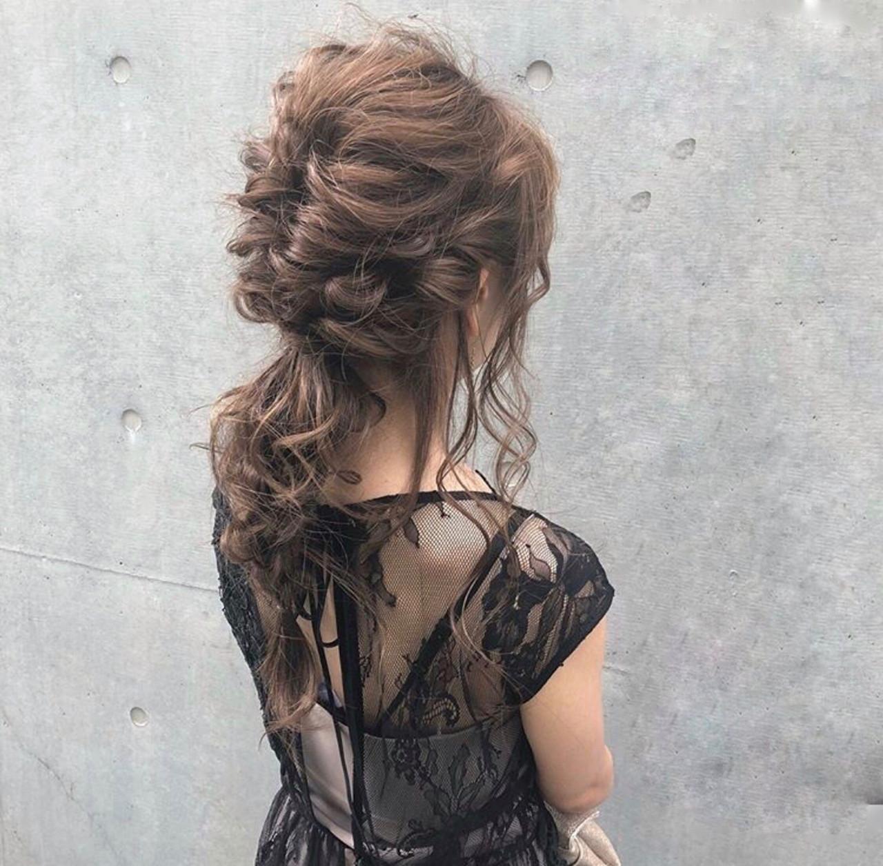 フェミニン 結婚式 簡単ヘアアレンジ セミロング ヘアスタイルや髪型の写真・画像