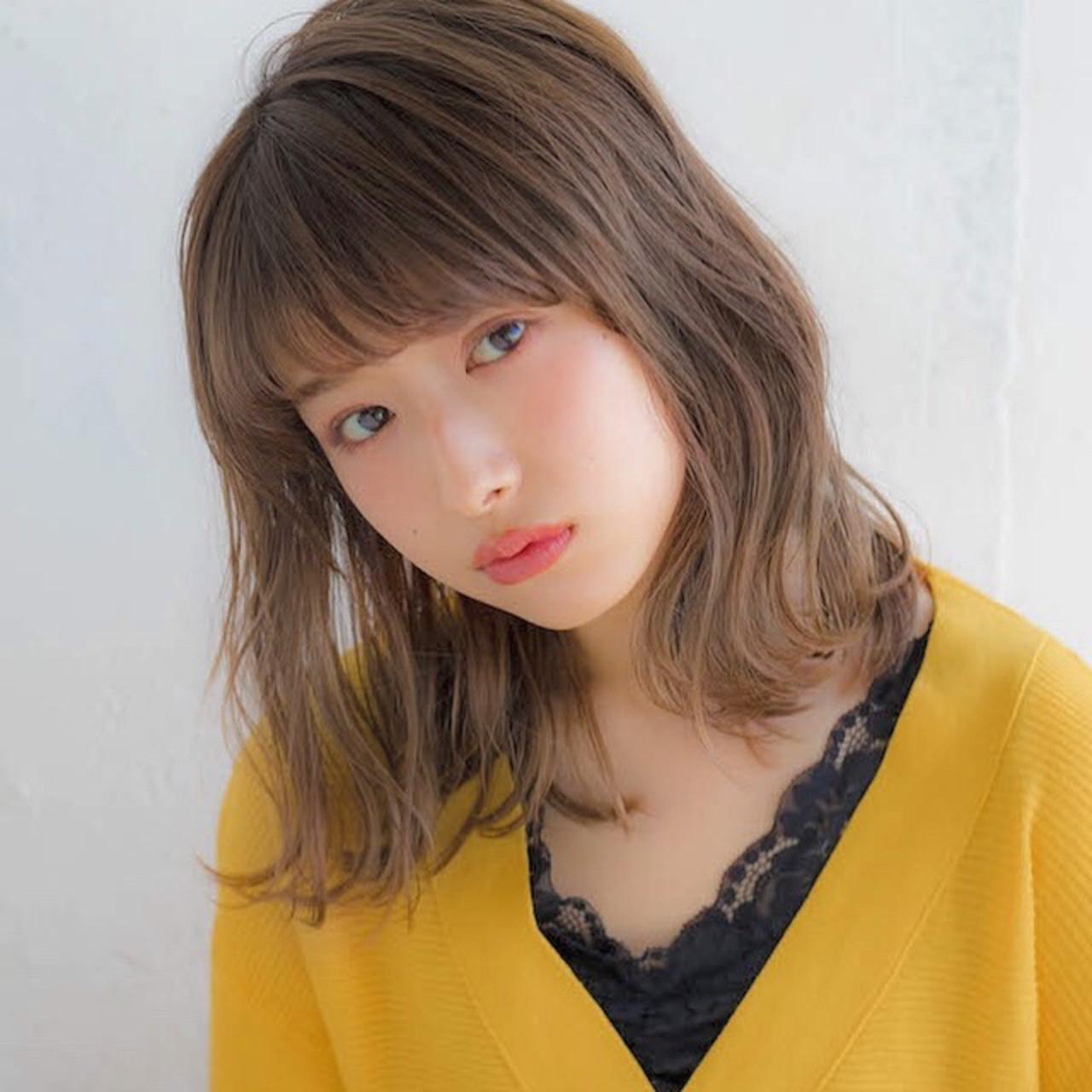 パーマ アンニュイほつれヘア ミディアム フェミニン ヘアスタイルや髪型の写真・画像