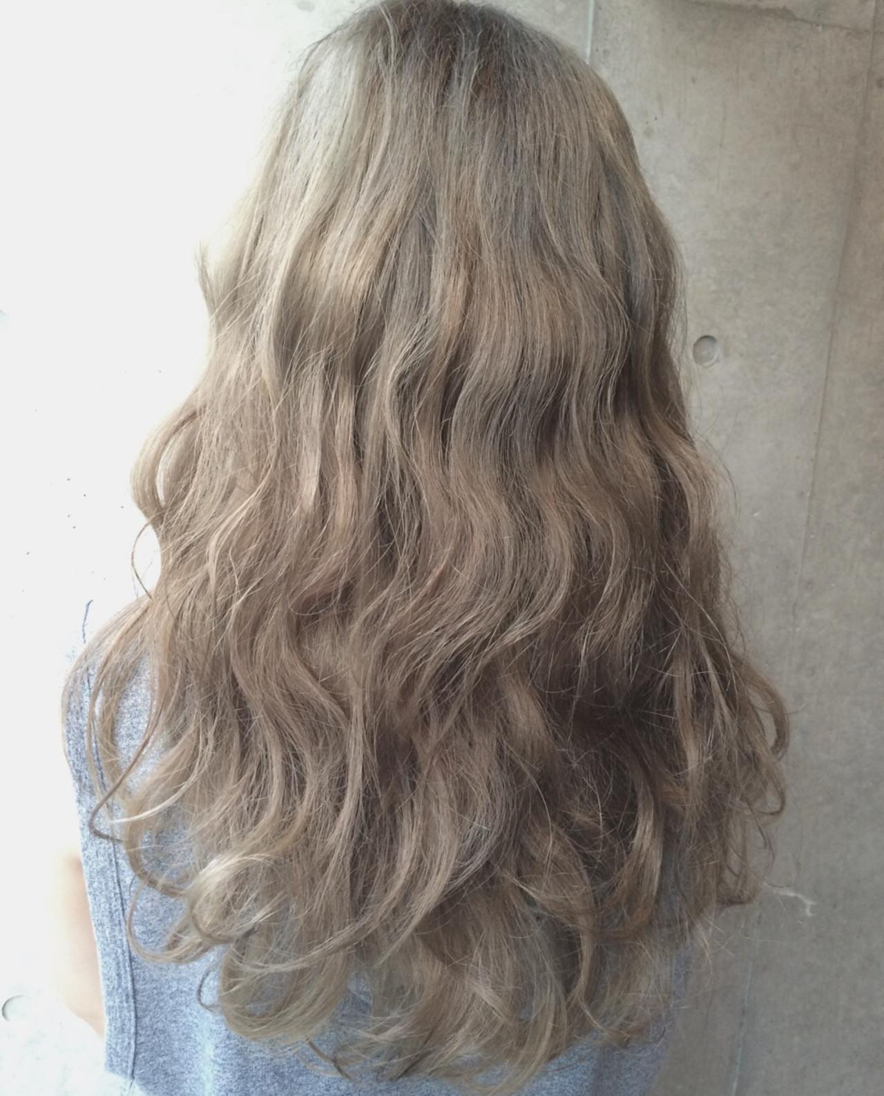 ガーリー アッシュ 外国人風 ゆるふわ ヘアスタイルや髪型の写真・画像