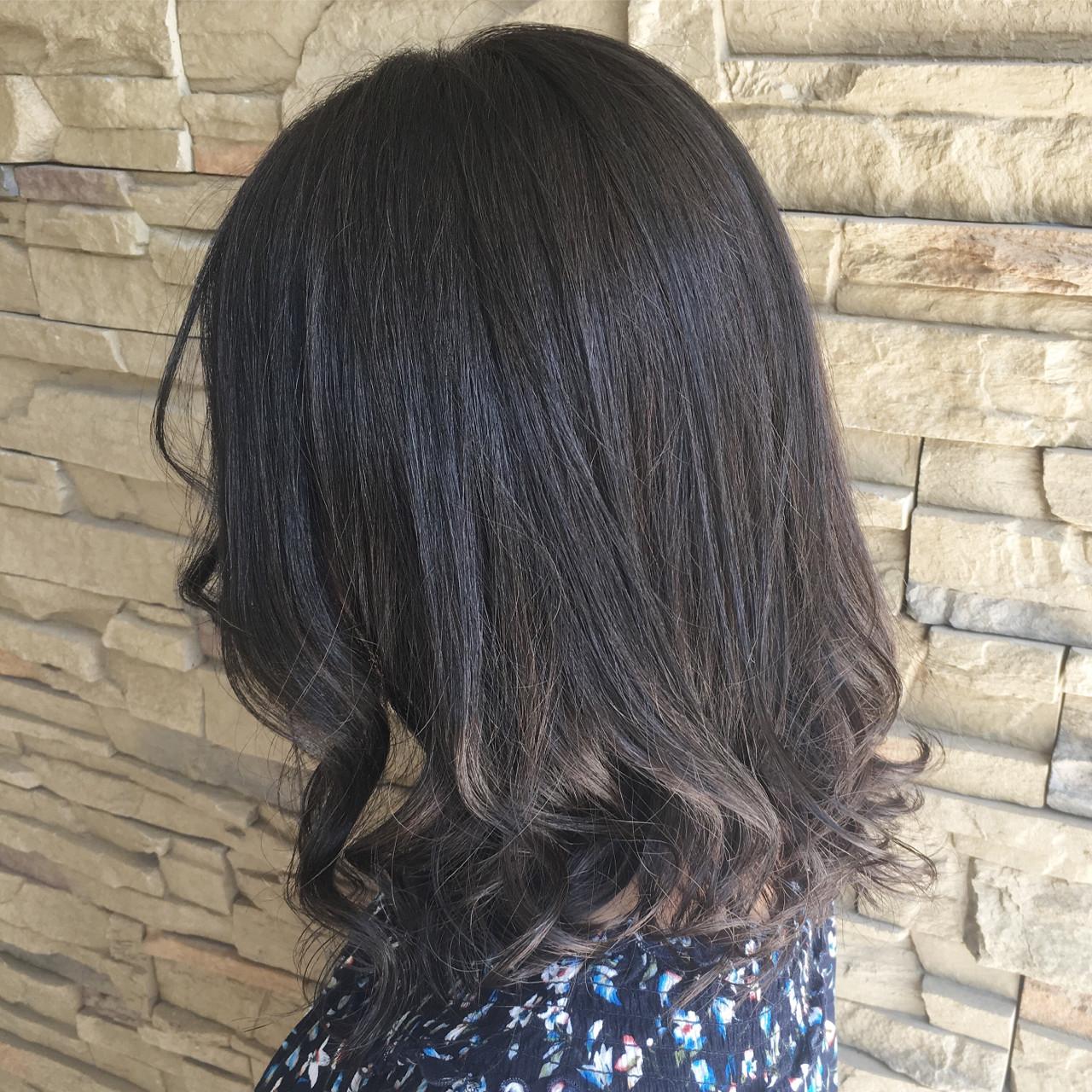 アッシュ 外国人風 暗髪 大人かわいい ヘアスタイルや髪型の写真・画像