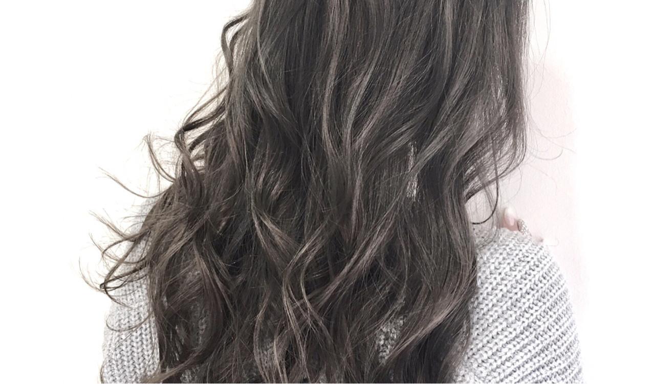 ハイライト 暗髪 外国人風 アッシュ ヘアスタイルや髪型の写真・画像   ツボイ タクマ / granze shinsaibashi